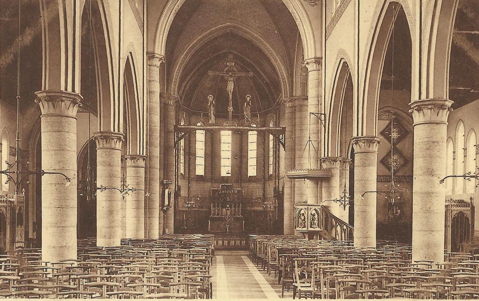 Interieur van de kerk van Marke