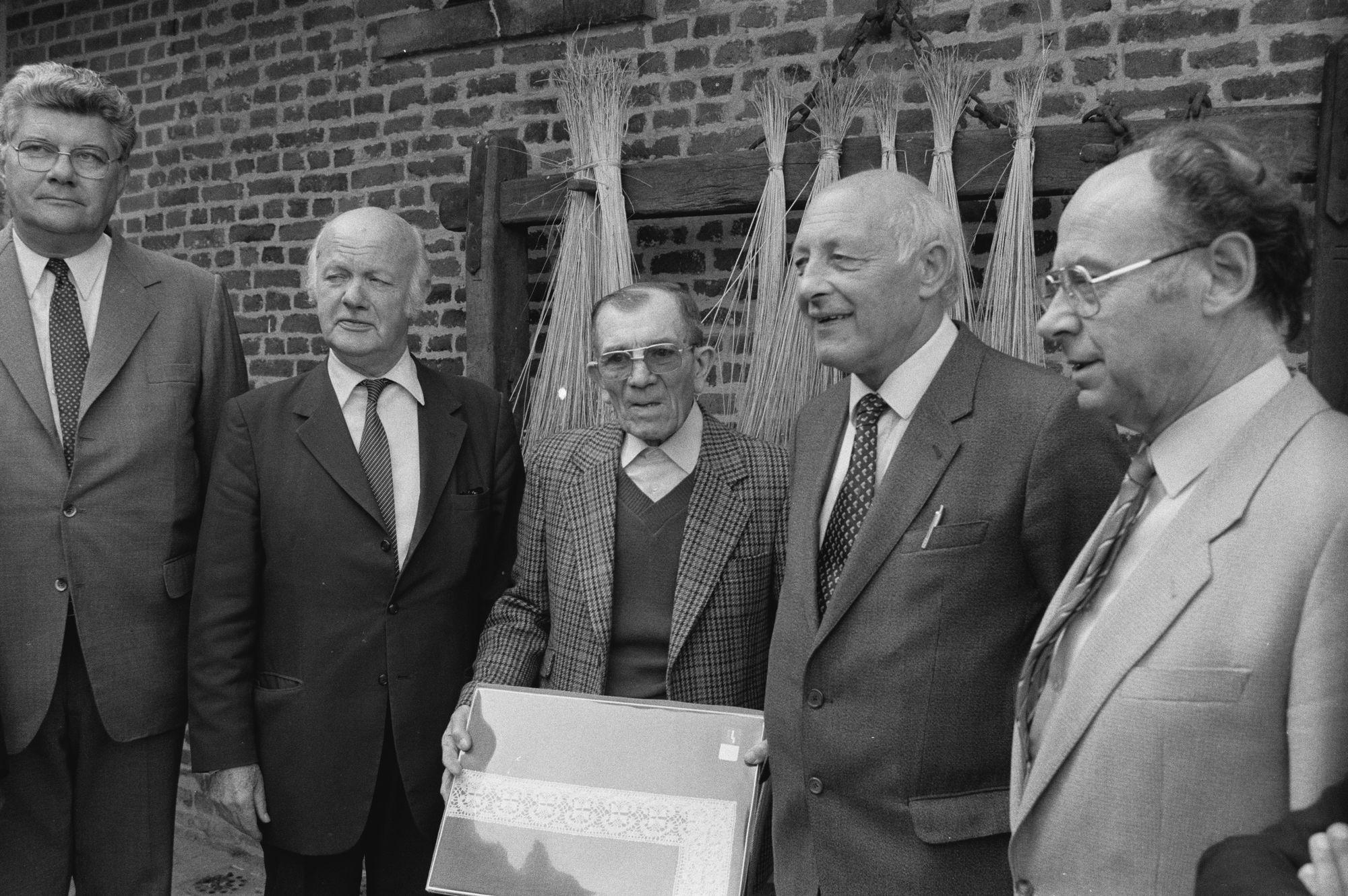 Officiële opening van het Vlasmuseum
