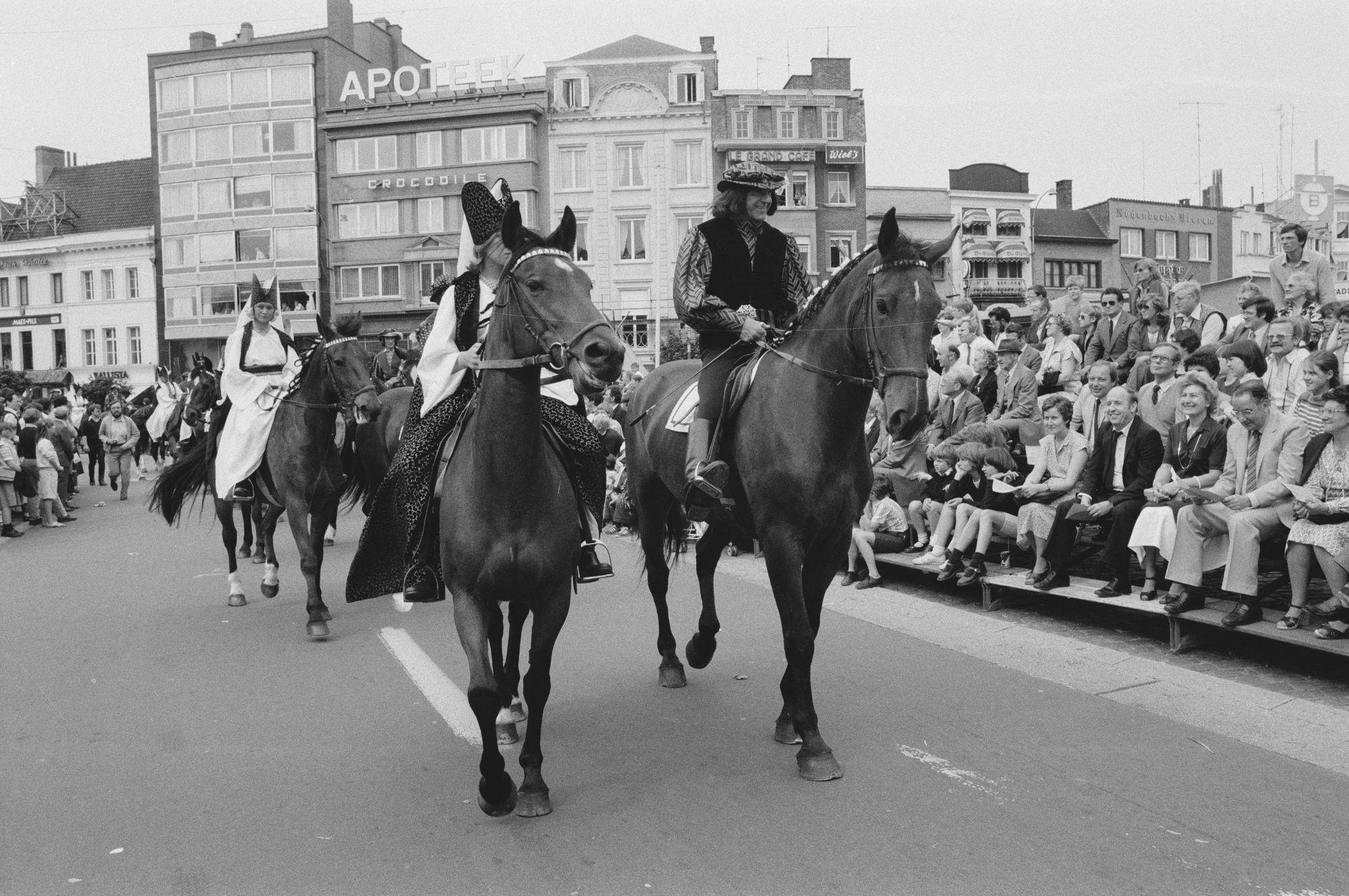 Stoet tijdens de Sinksenfeesten 1981