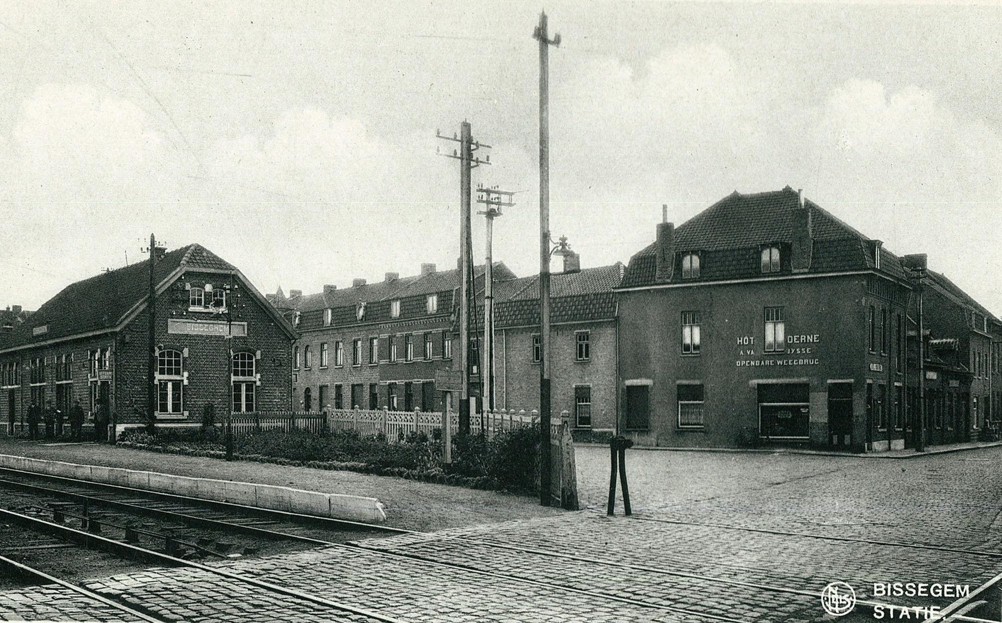 Vlaswaagplein: Het station van Bissegem