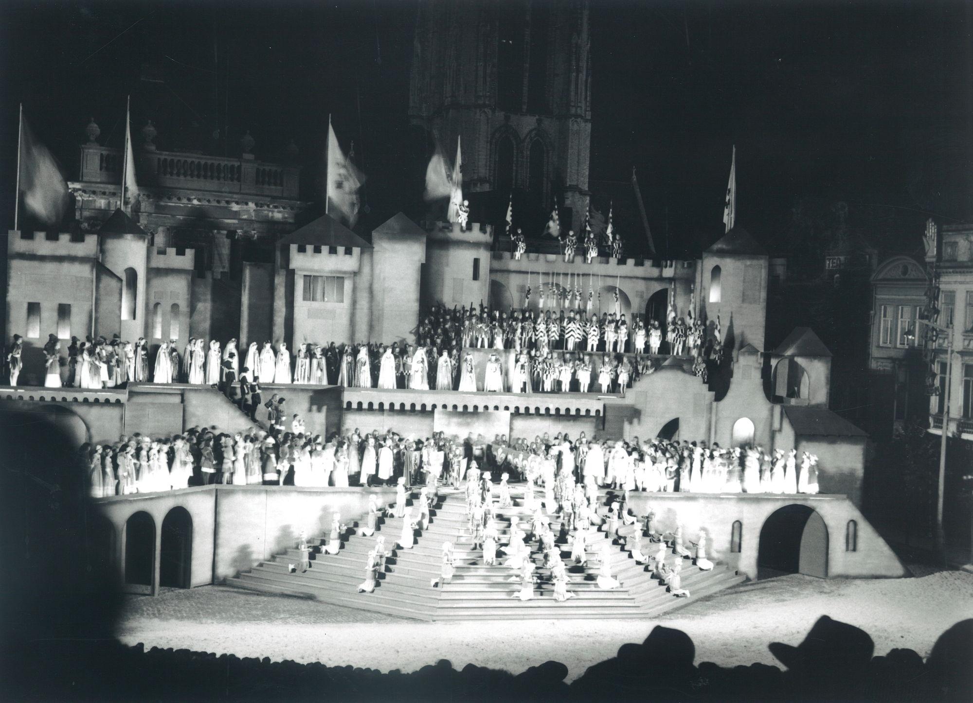 Massaspel der Gulden Sporen 1952