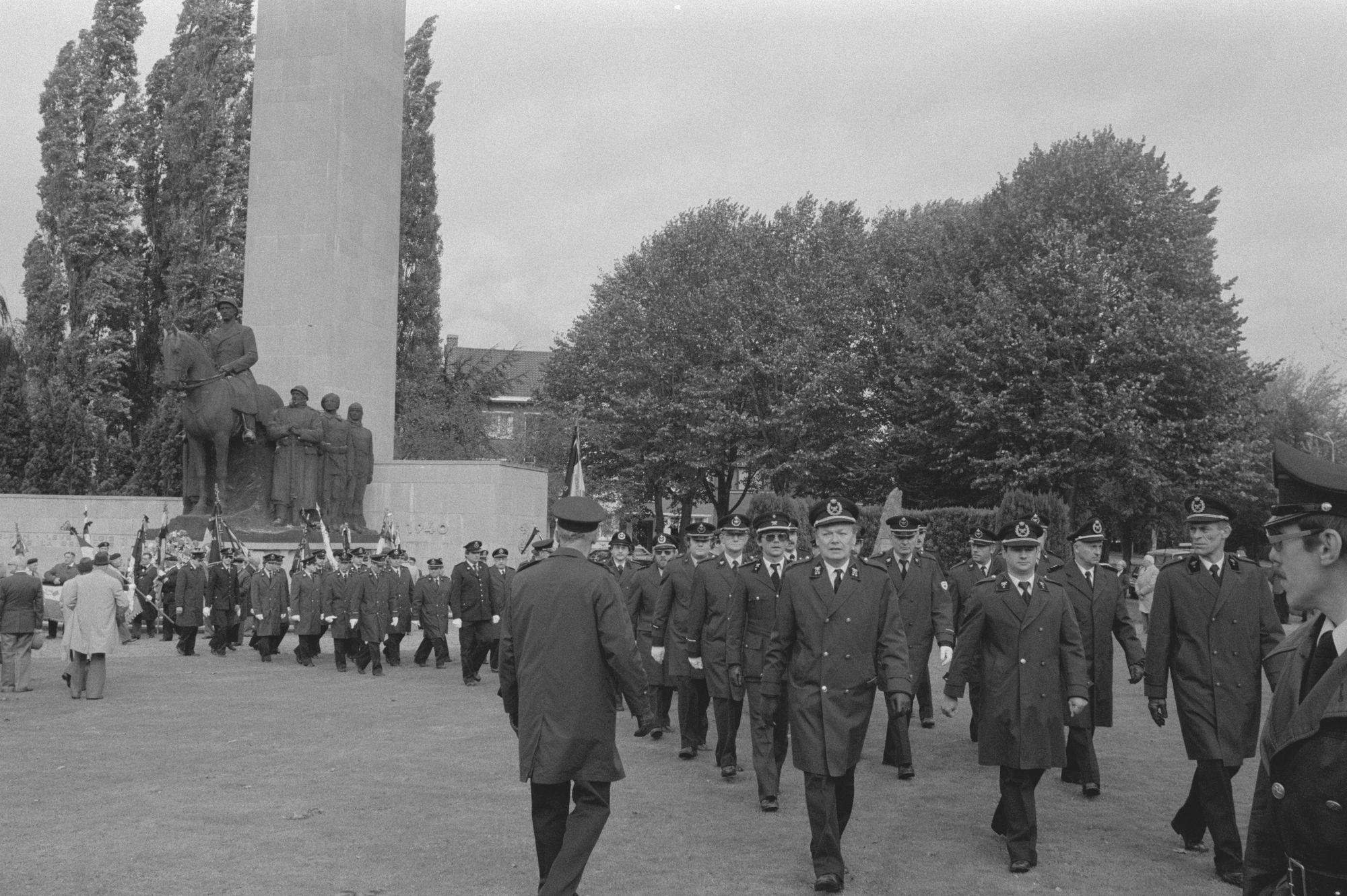 Herdenkingsplechtigheid aan het Leiemonument