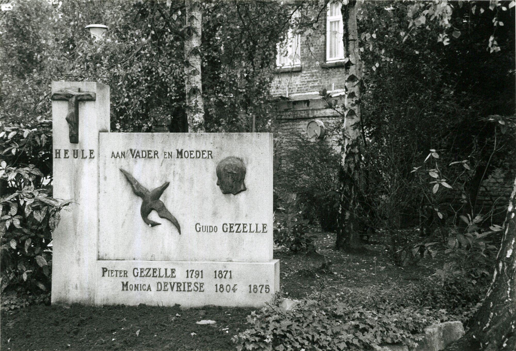 Gedenksteen voor de ouders van Guido Gezelle