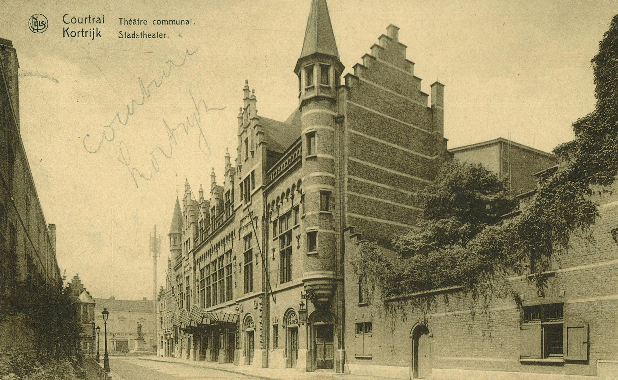 Kortrijk De Schouwburg en de Grote Hallen (Schouwburgplein)