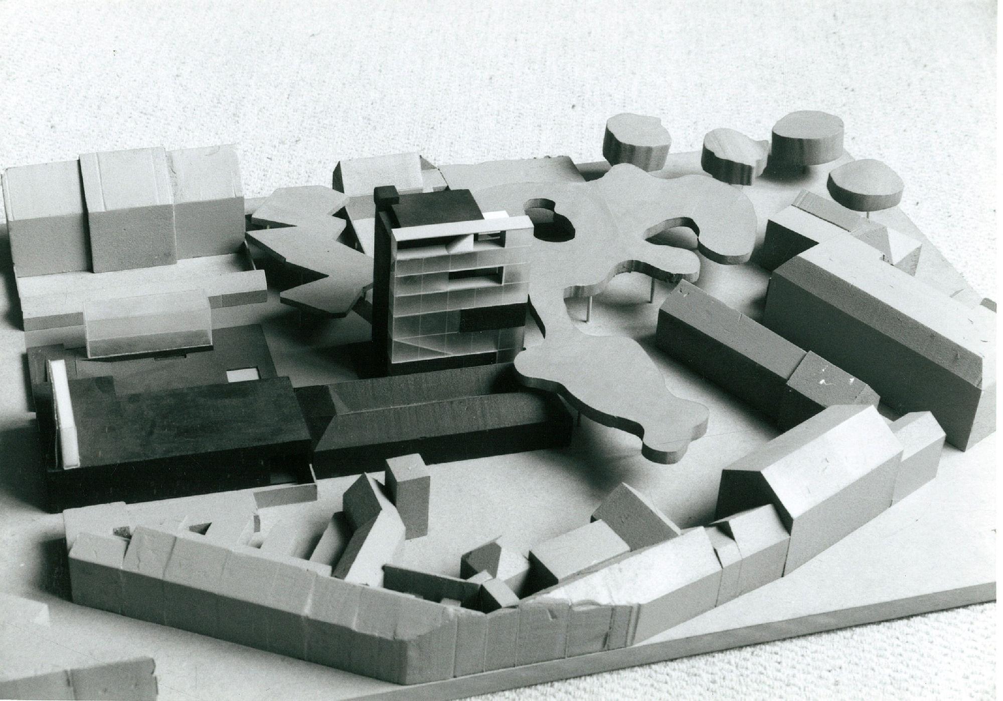 Maquette van Tactoren op het Budaeiland