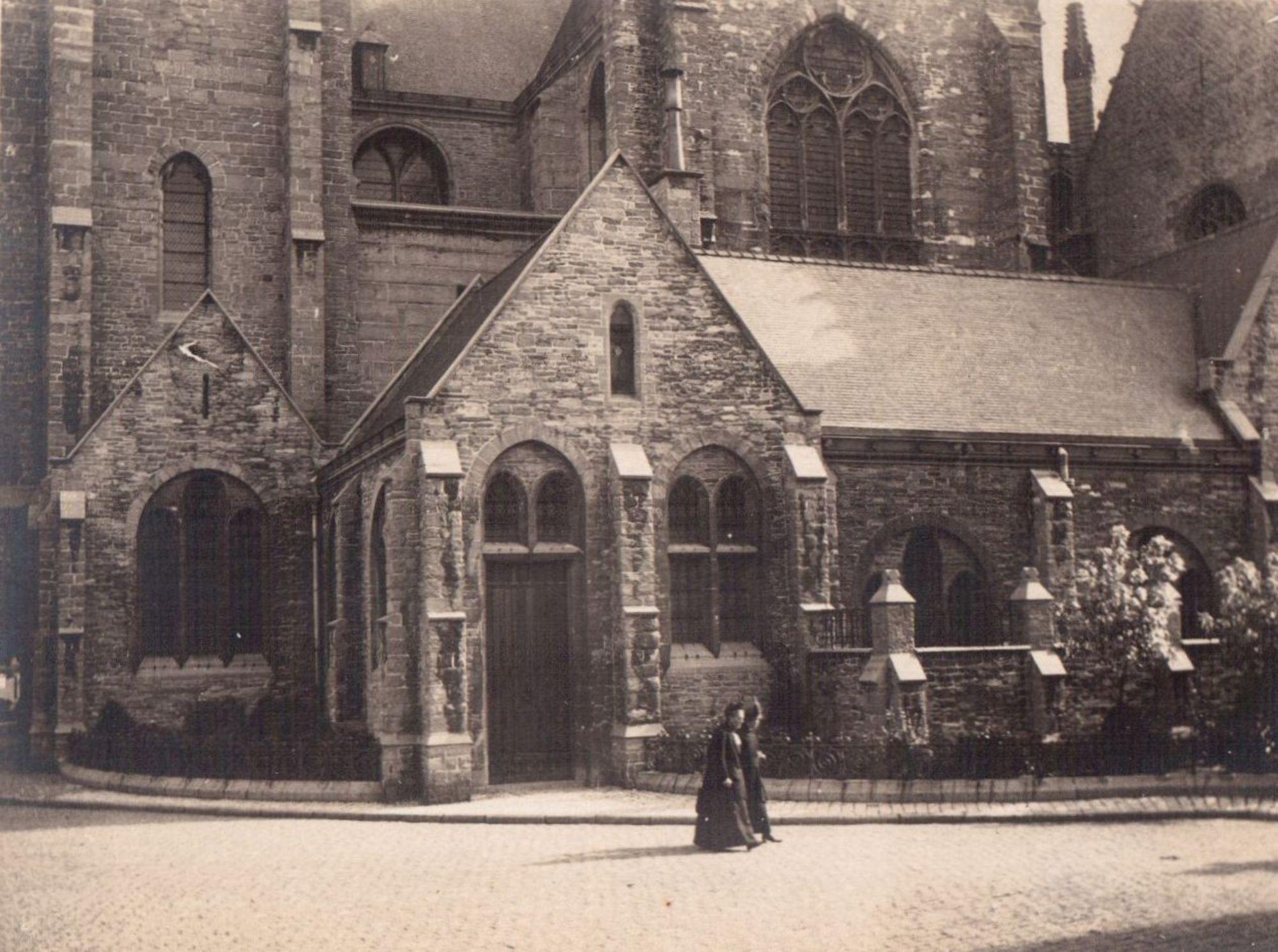 Onze Lieve Vrouwekerk, Kortrijk