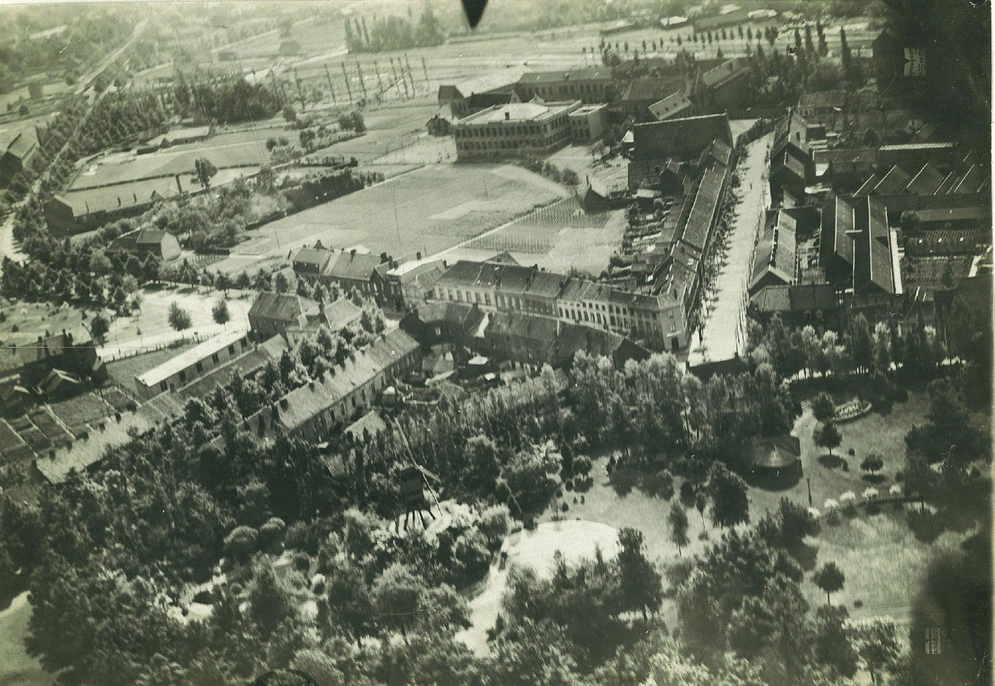 Luchtfoto van het noorden van Kortrijk (1917)