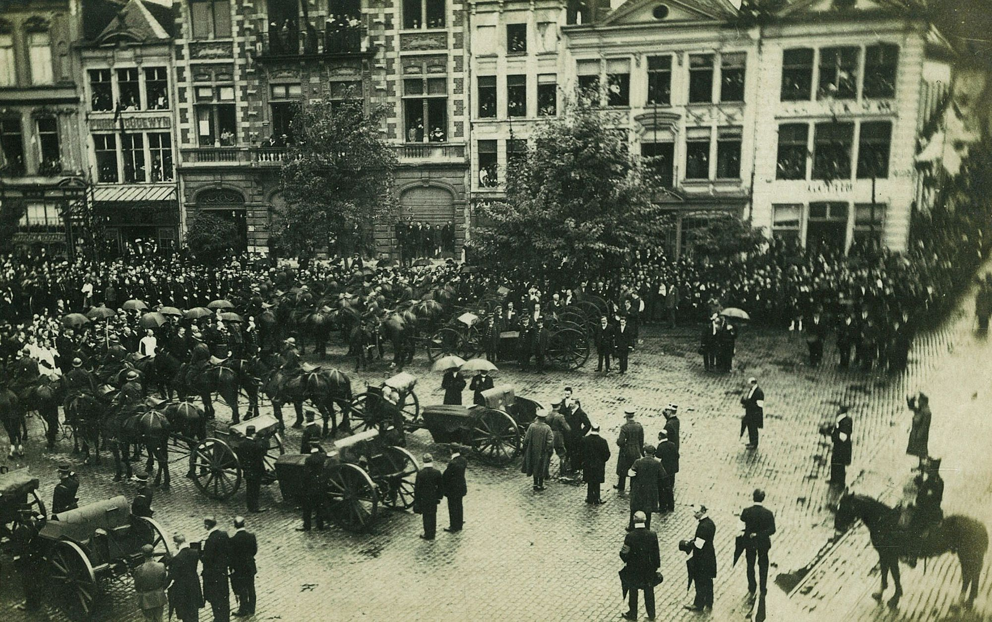 Overbrenging gesneuvelden in 1919