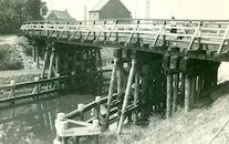 Noodbrug over kanaal Bossuit-Kortrijk in Zwevegem-Knokke 1941
