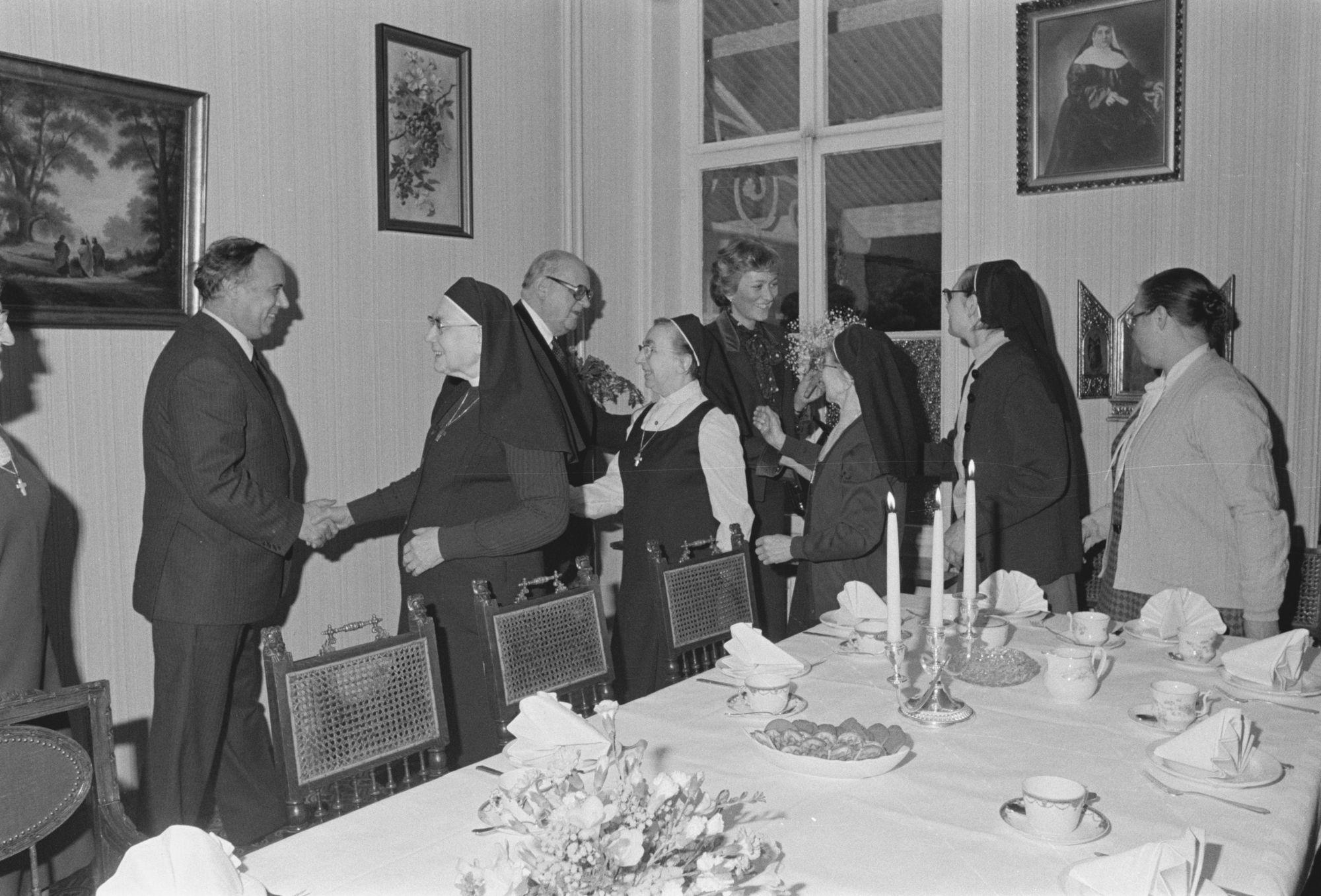 Prinses Paola op bezoek H. Hart