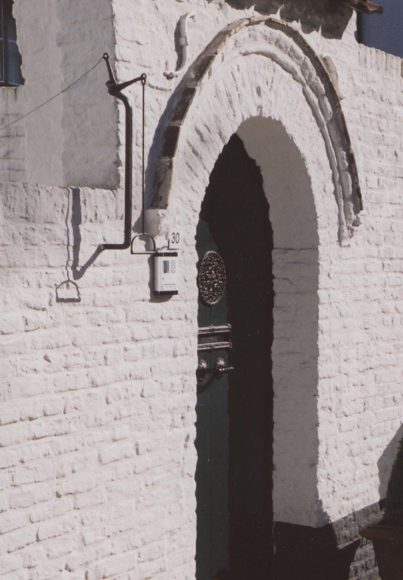 Voordeur van Begijnhof nr. 30