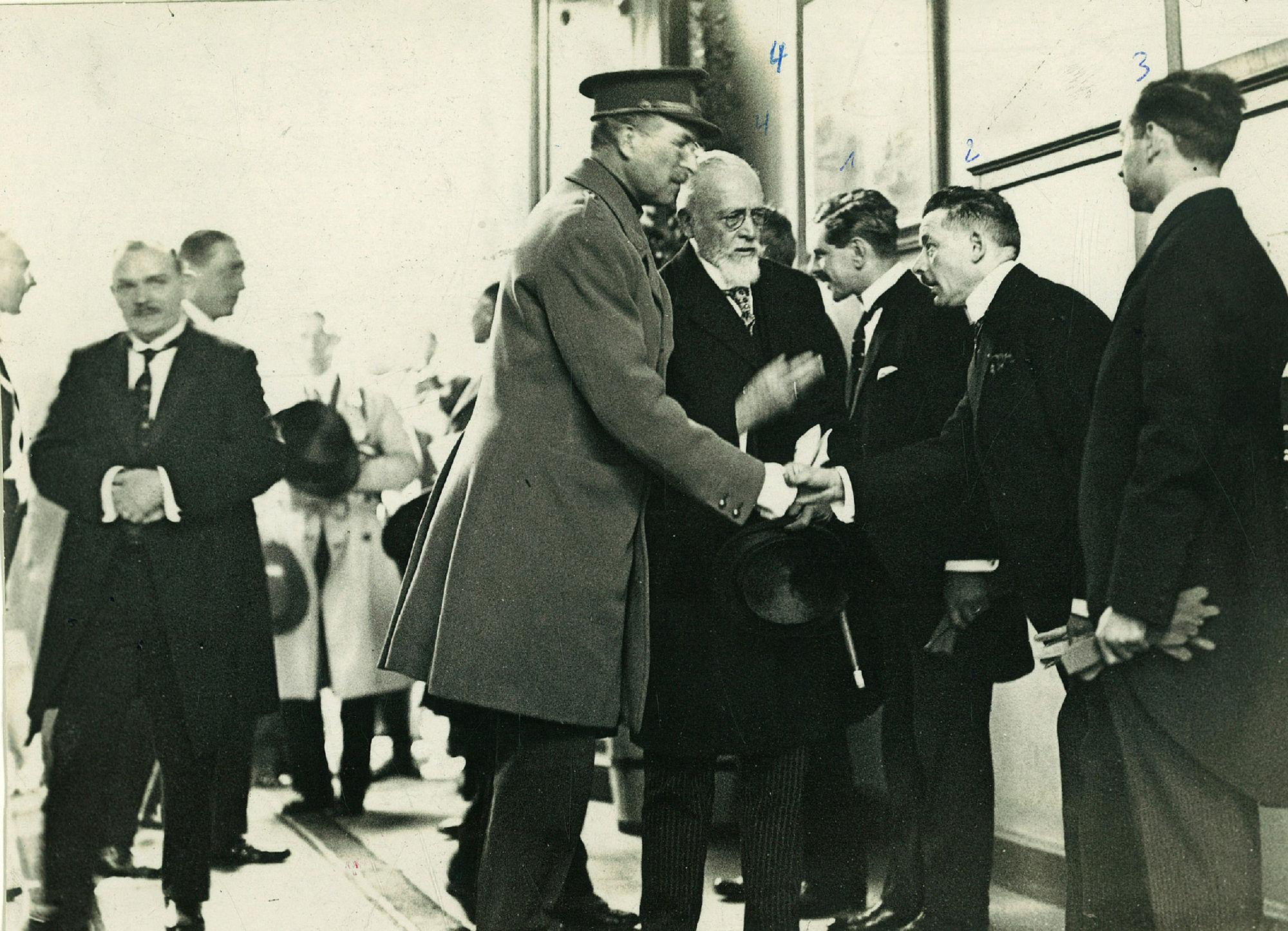 Bezoek van Koning Albert I aan de vakschool op 19 april1930