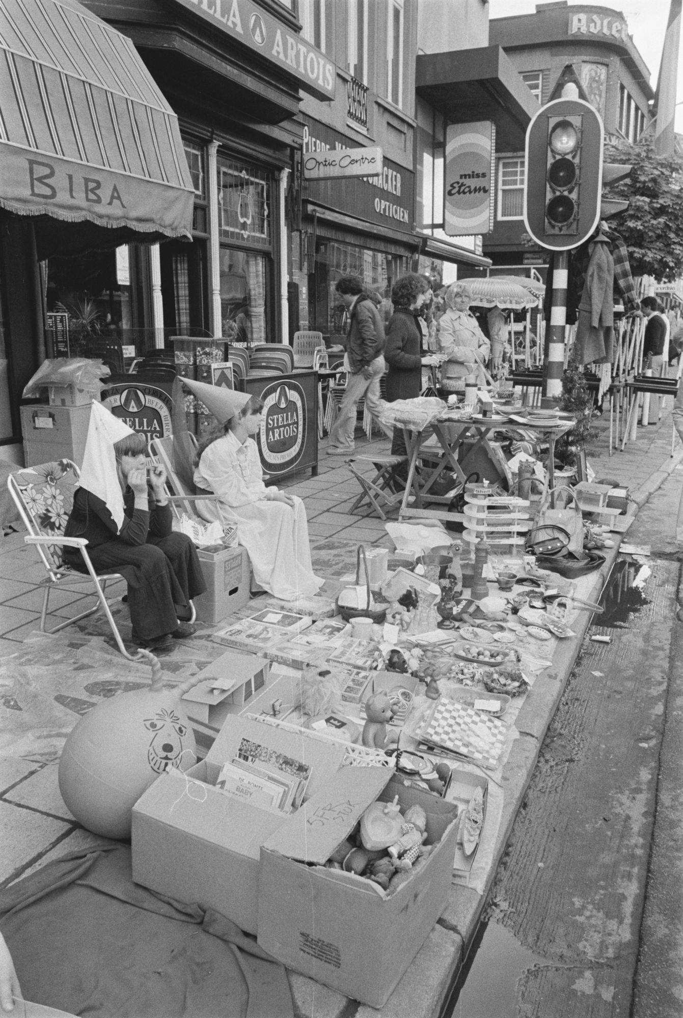 Rommelmarkt tijden de zesde Sinksenfeesten