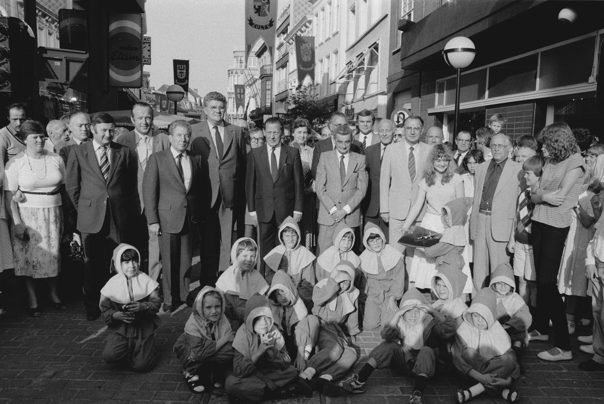Opening Braderie in de Lange Steenstraat