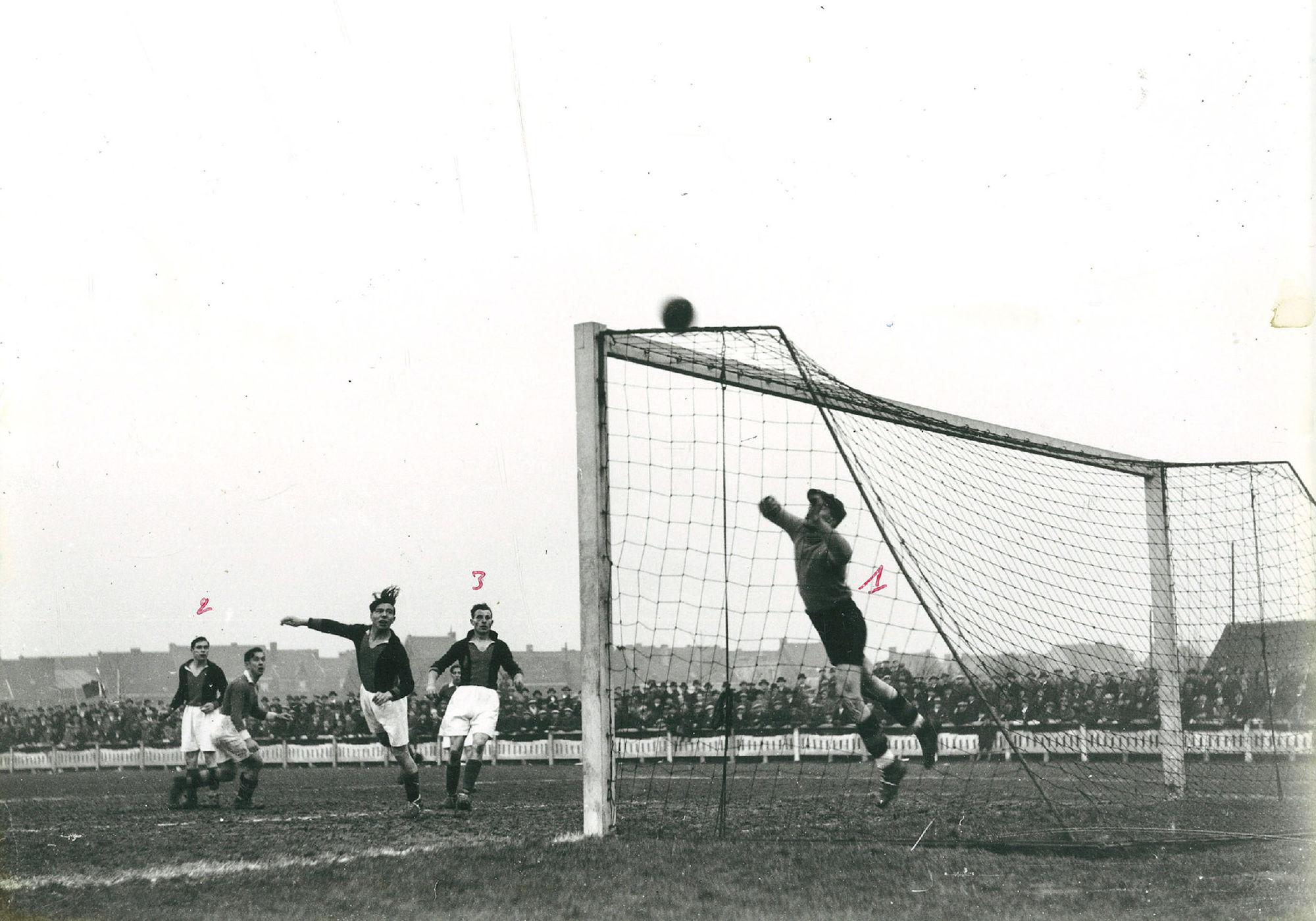 Derby tussen Kortrijk Sport en Stade Kortrijk in 1934