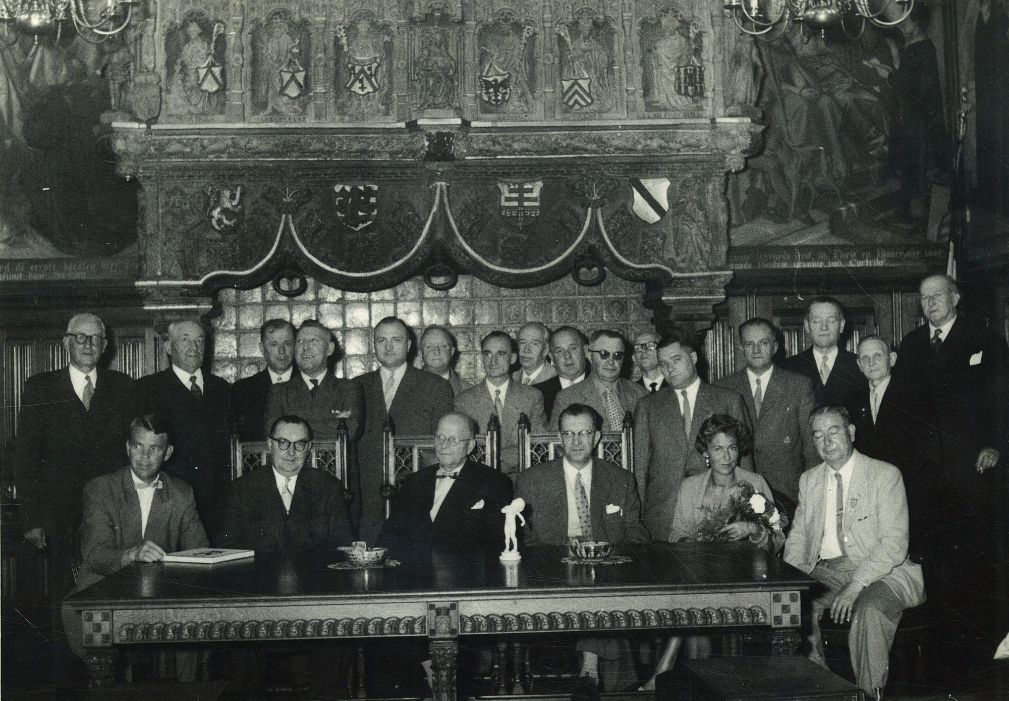Plechtigheid in de historische schepenzaal