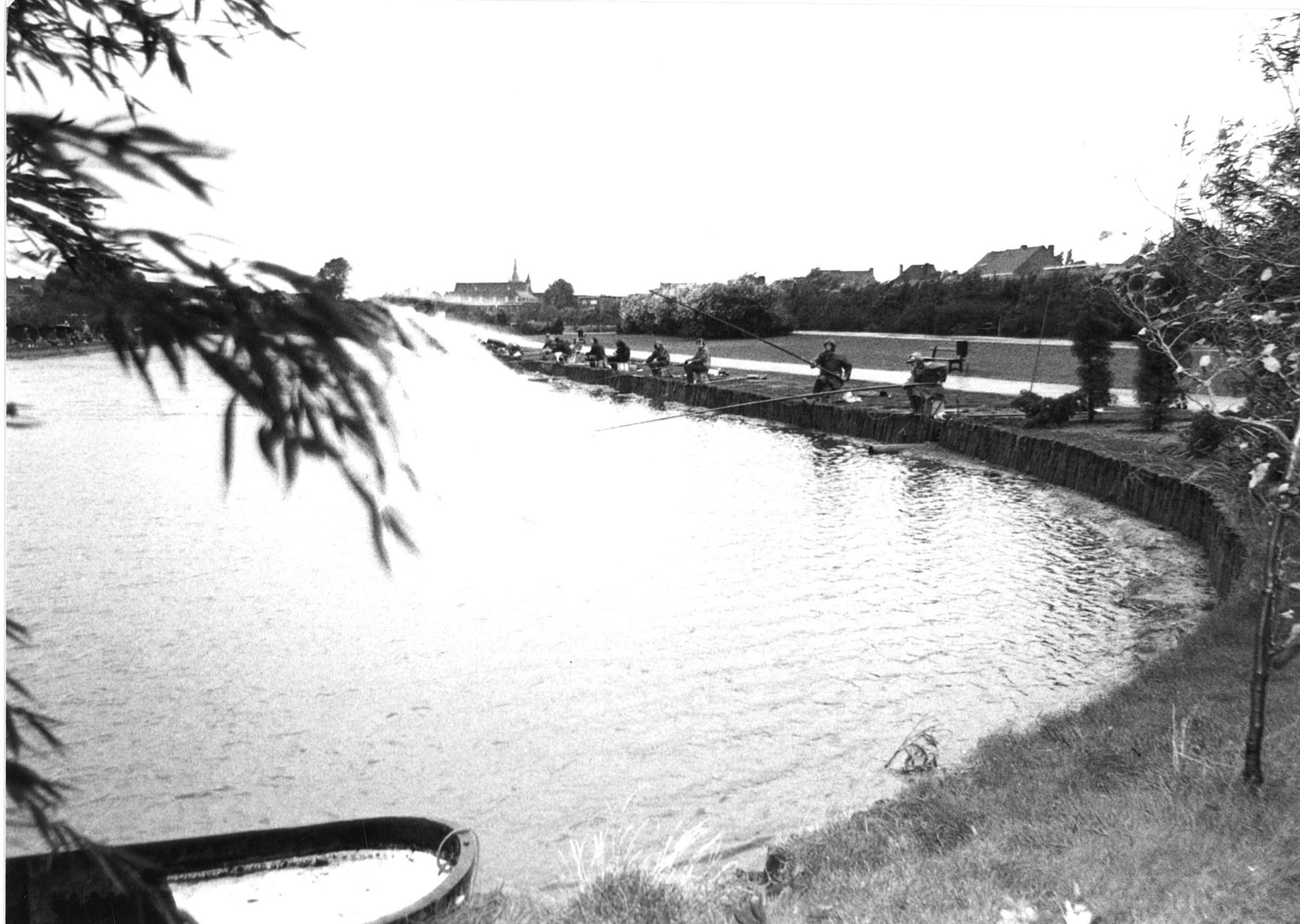 Vissers in het Van Raemdonckpark