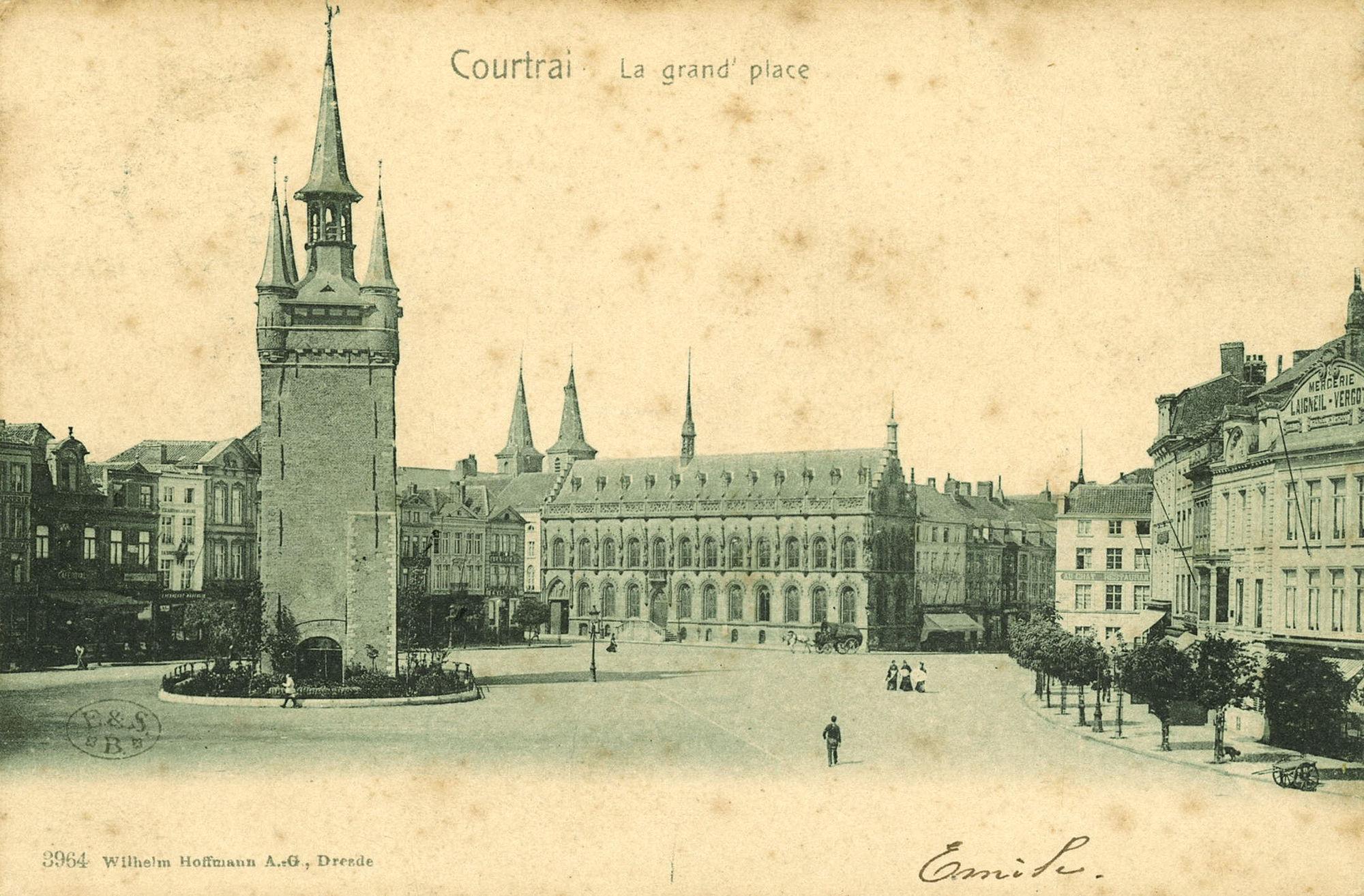 Grote Markt met Belfort, stadhuis en Leiestraat