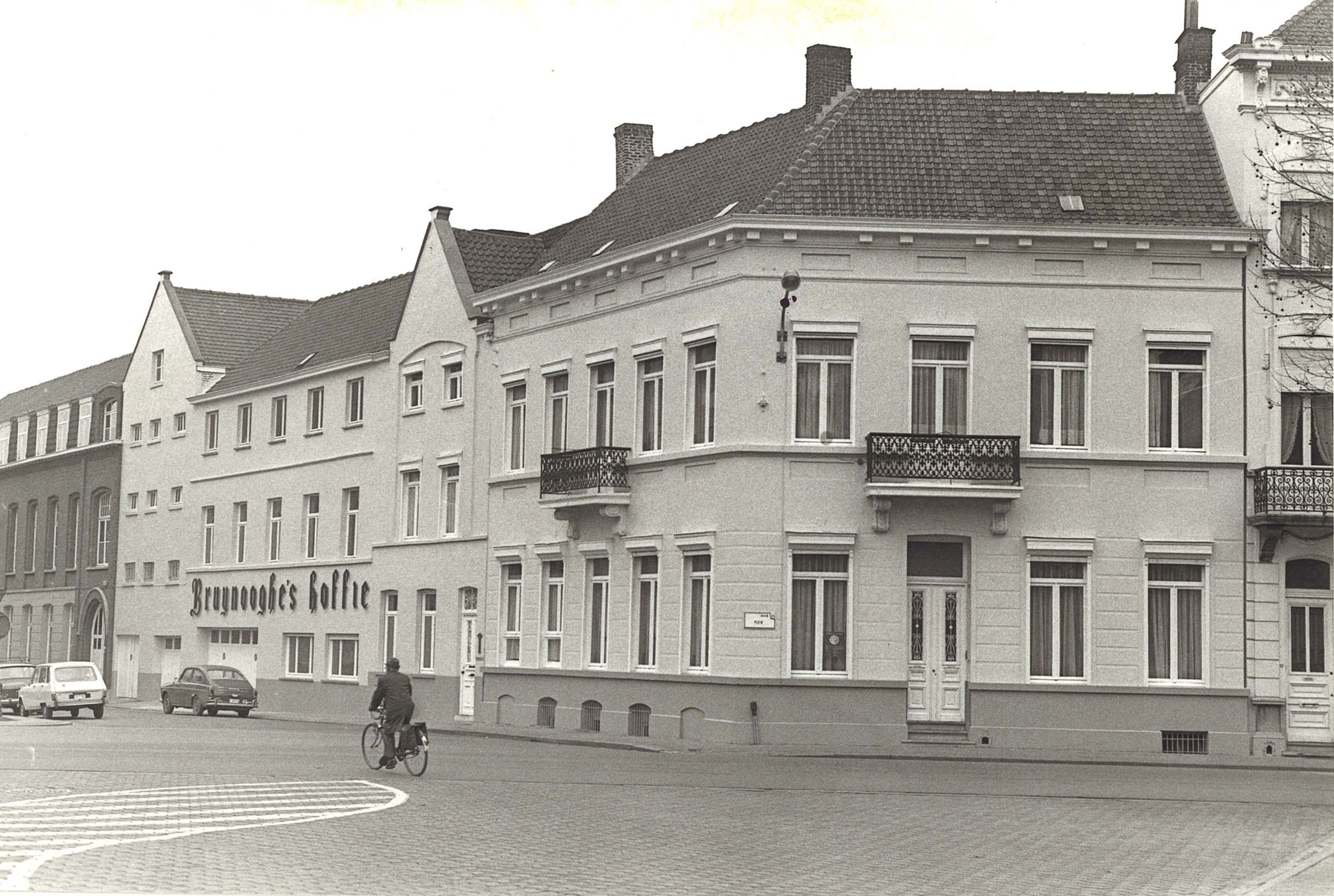 Hoek Plein & Fortstraat 12