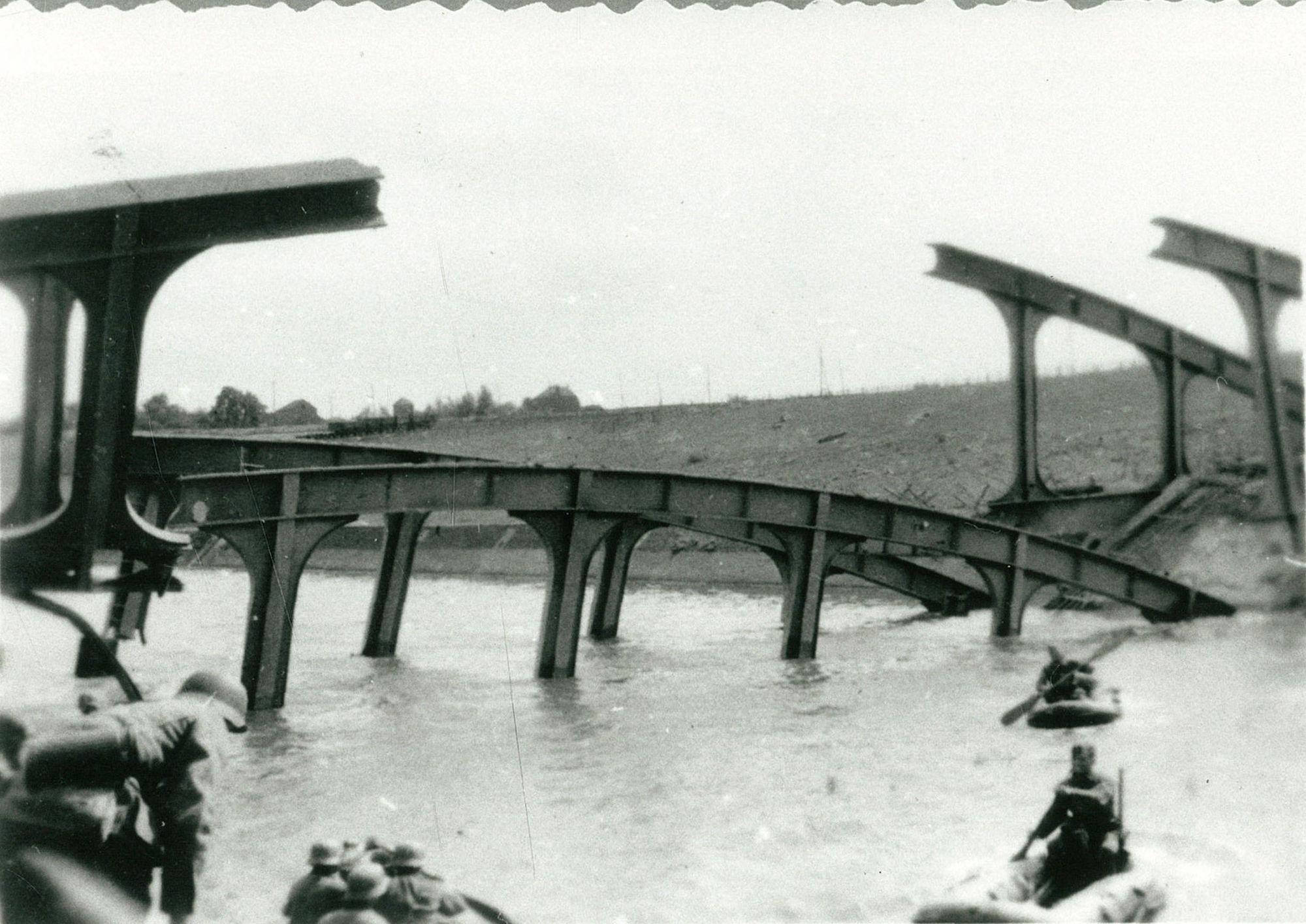 Brug over de Leie in mei 1940
