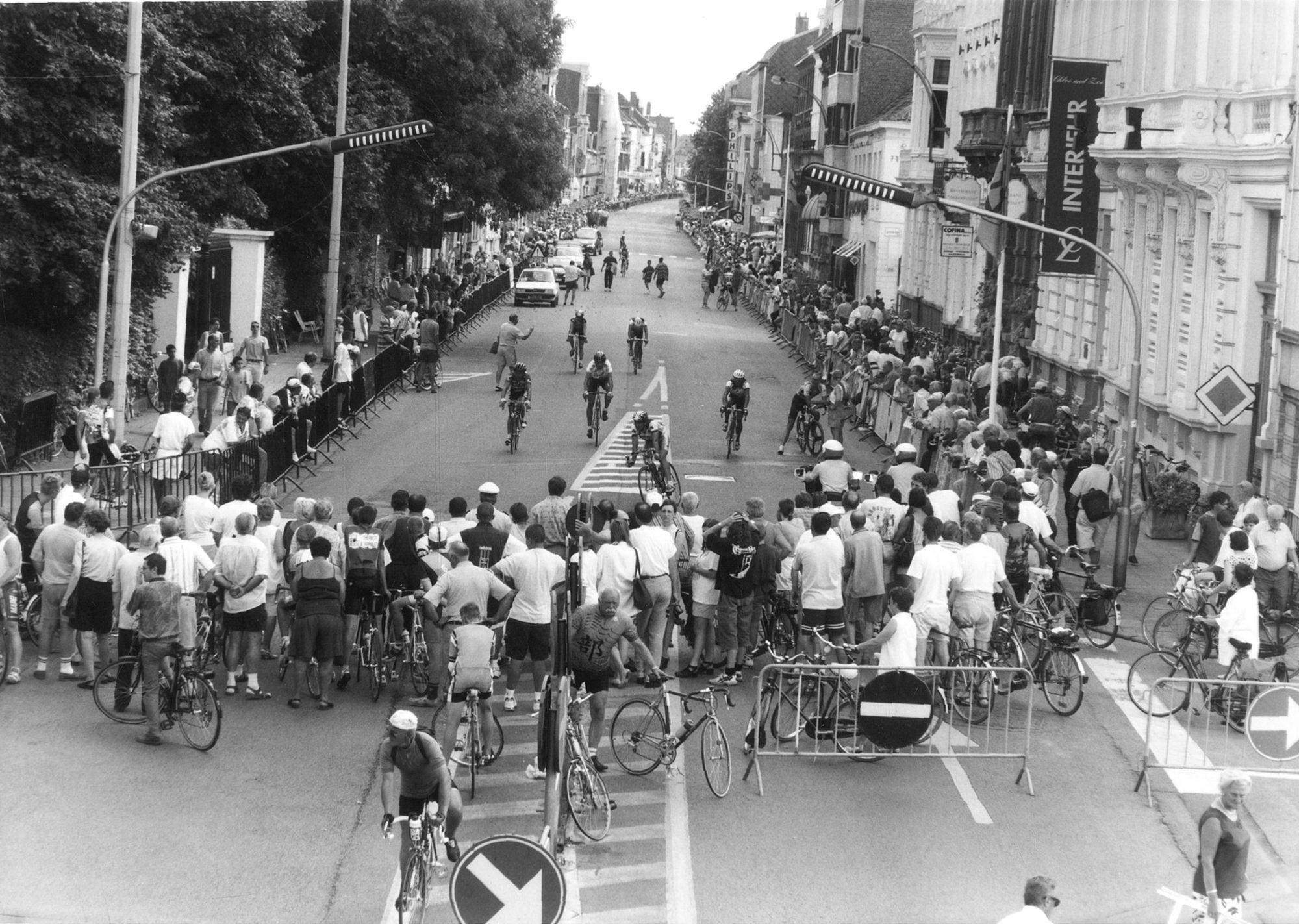 Wielrennen tijdens Kortrijk Koerse in 1997