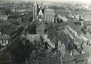 Onze-Lieve-Vrouwekerk met de Gravenkapel Kortrijk 1975