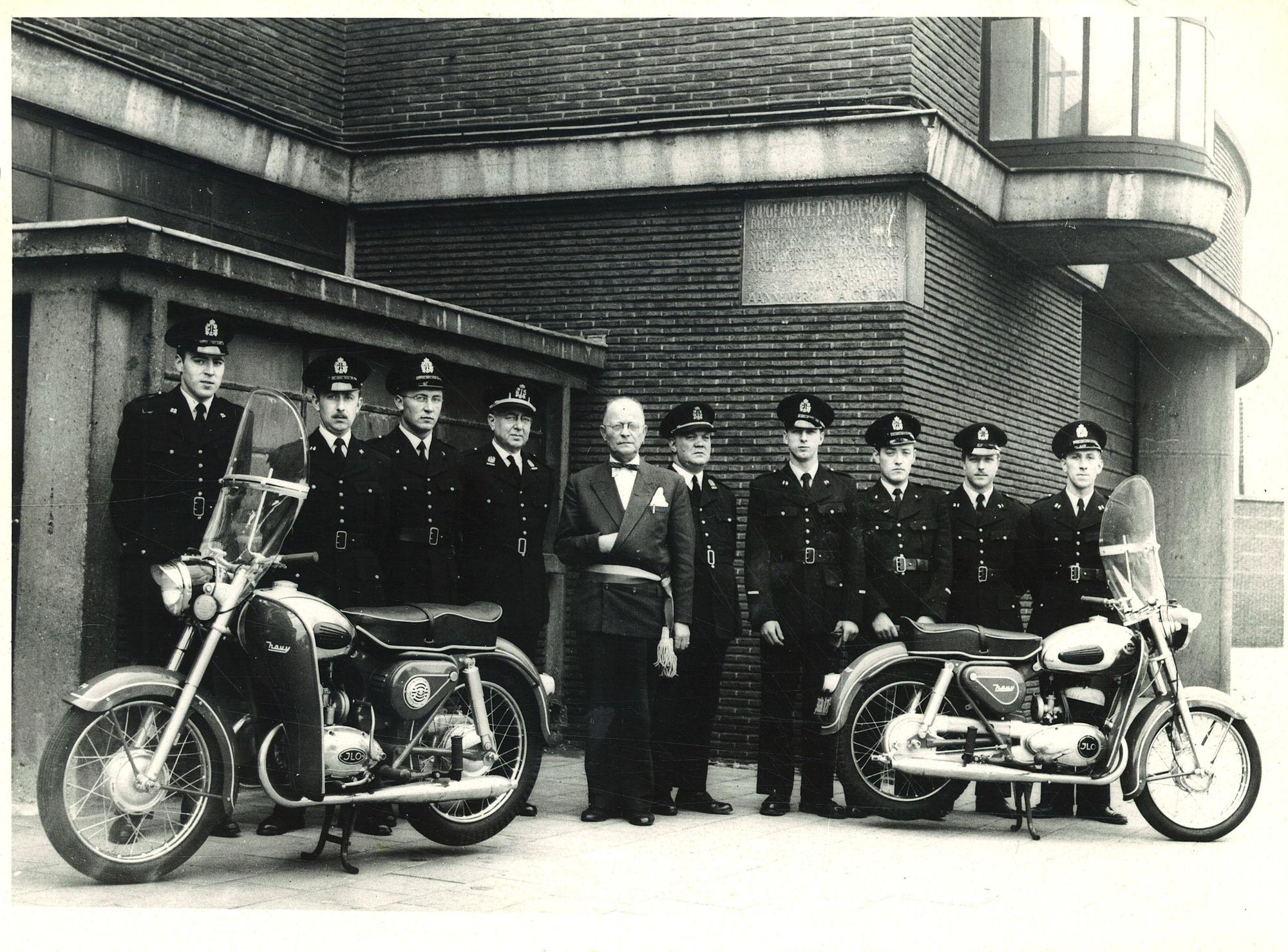 Bereden stadspolitie presenteert nieuwe motoren