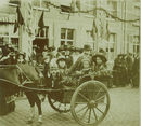 Alphonse Ghyoot met zijn kinderen in de koets