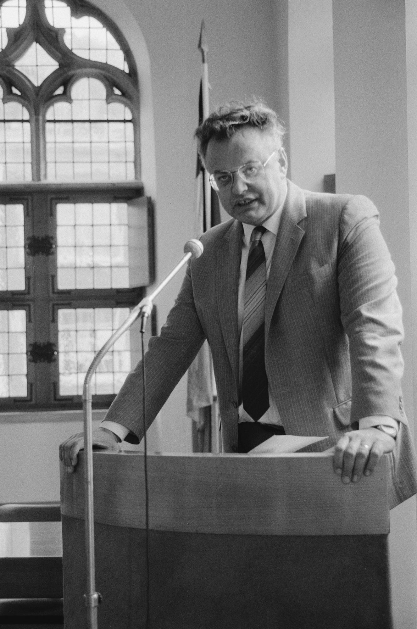 Minister Coens op het Kortrijkse stadhuis