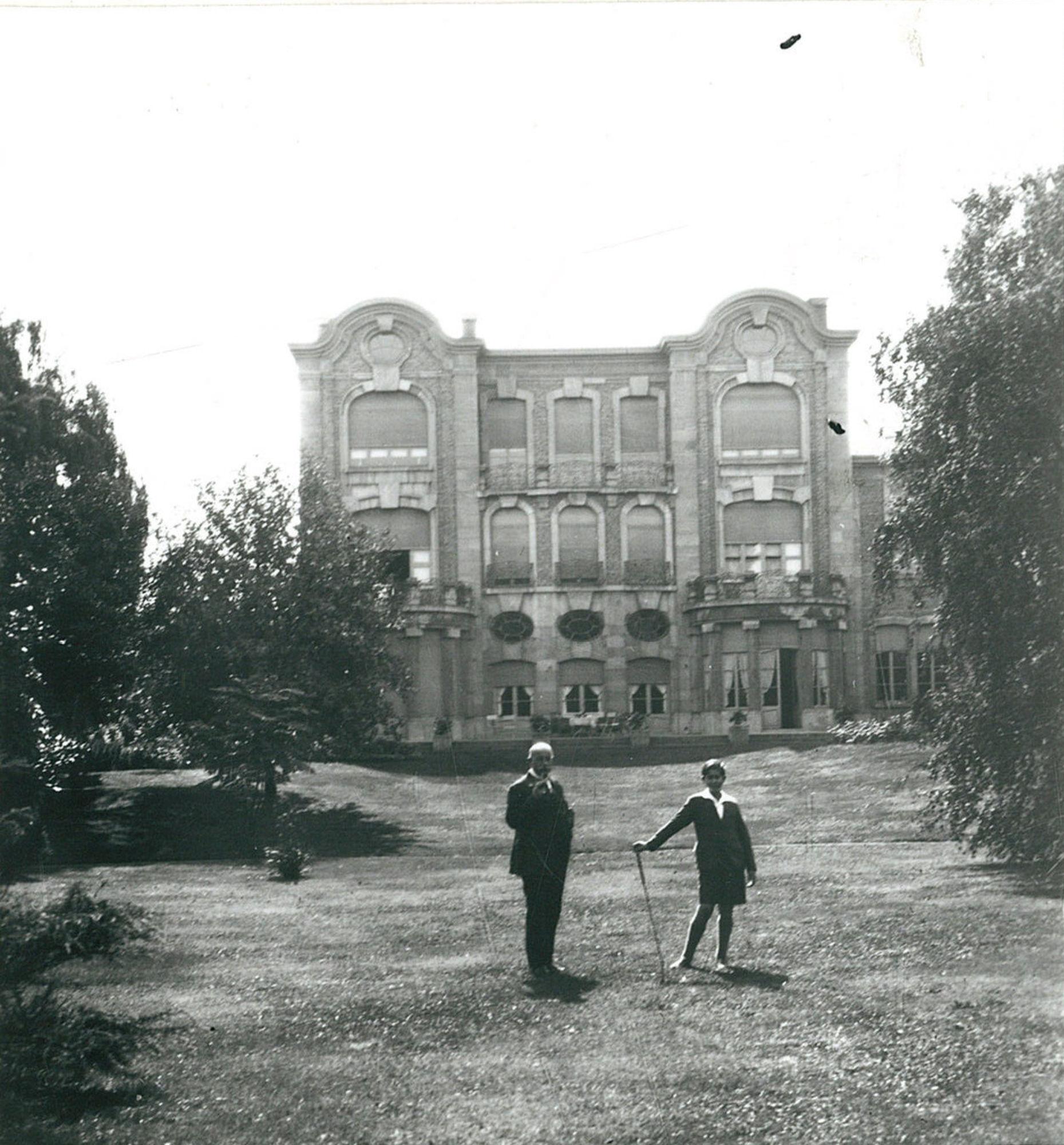 Het huis van dr. Auguste Peel en zoon in de Beverlaai