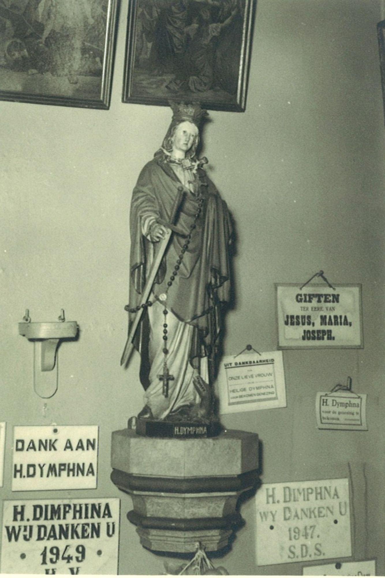 Beeld Heilige Dymphna kapelletje Onze-Lieve-Vrouw-ter-Olmen Baggaertshof