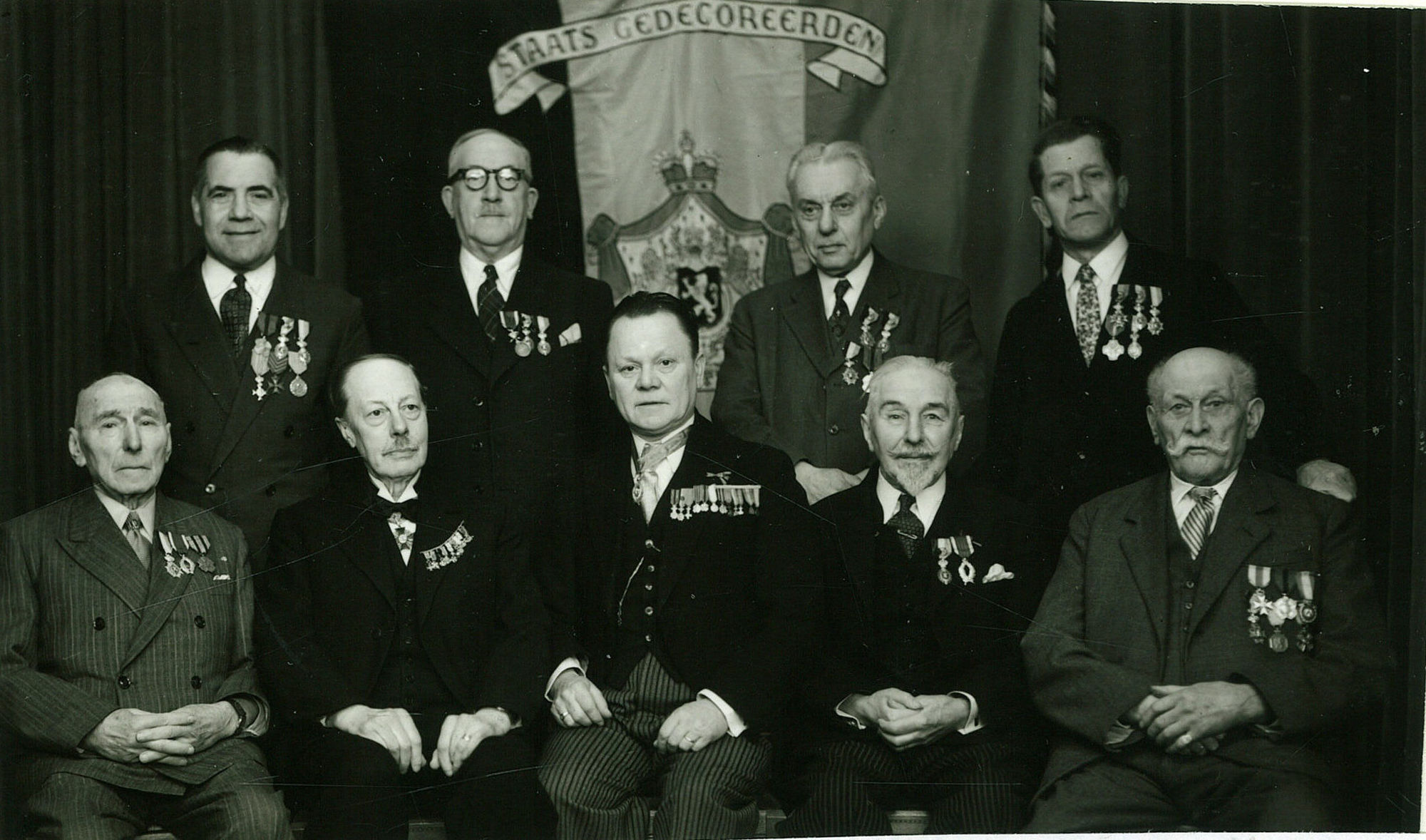 Groepsfoto staatsgedecoreerden