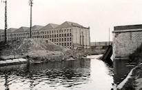 Vernielde Luipaardbrug over het kanaal Bossuit-Kortrijk in 1940