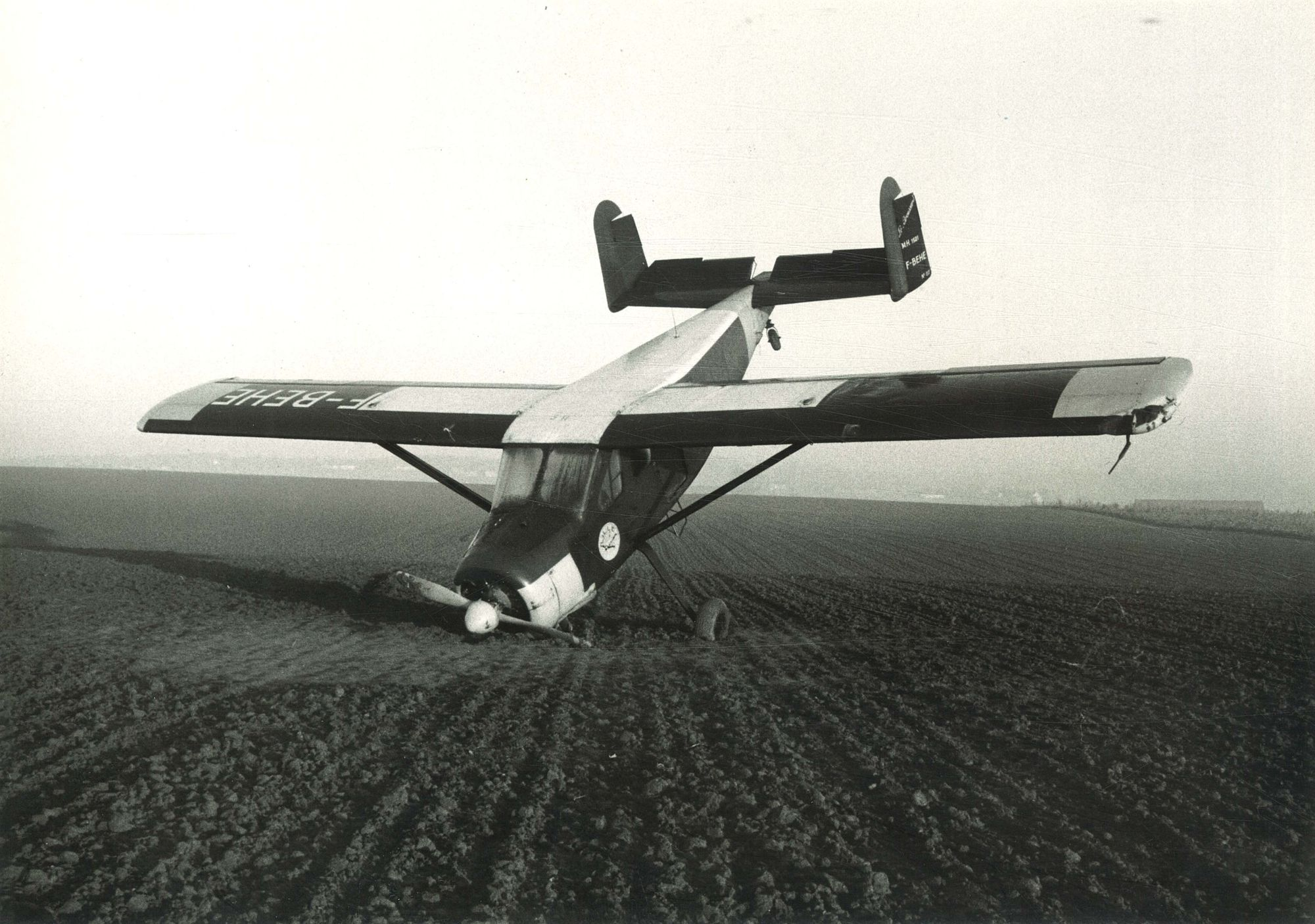 Noodlanding vliegtuig Kooigem