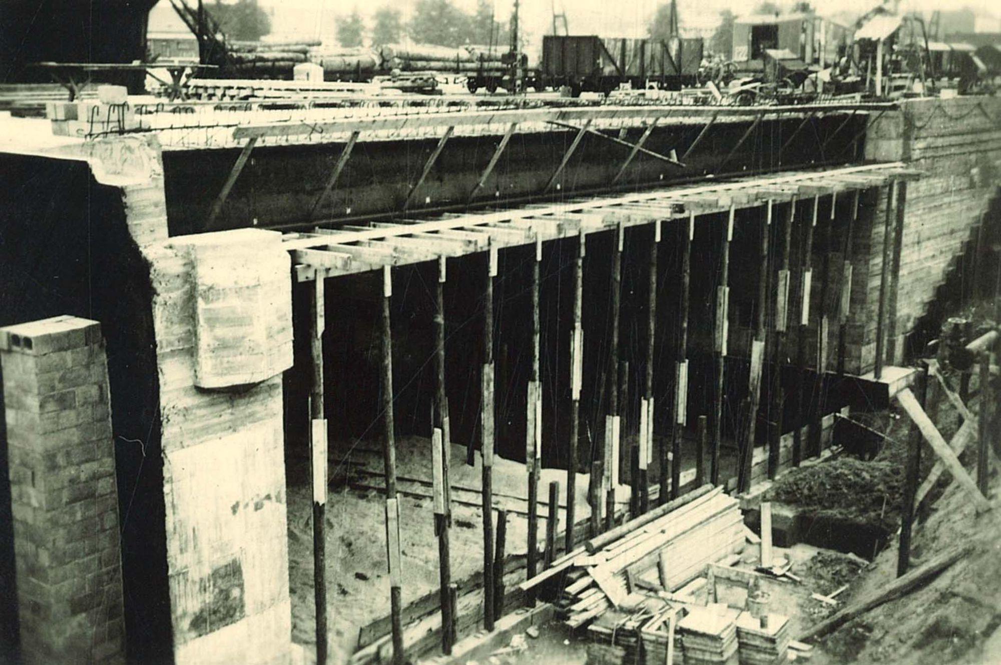 Bouw spoorwegtunnel in de Zandstraat
