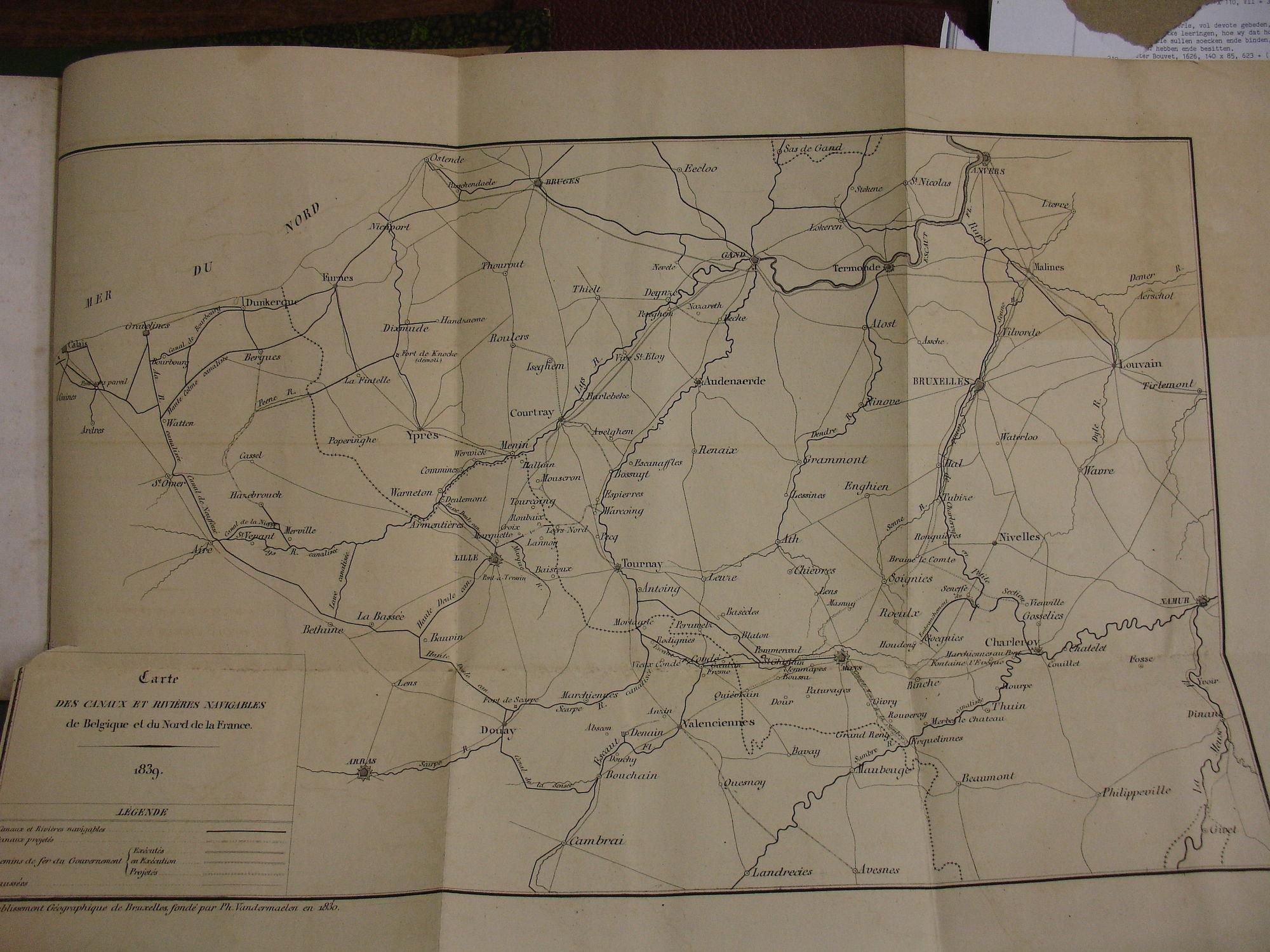 Kaart met de Belgische en Noord-Franse kanalen en rivieren 1839