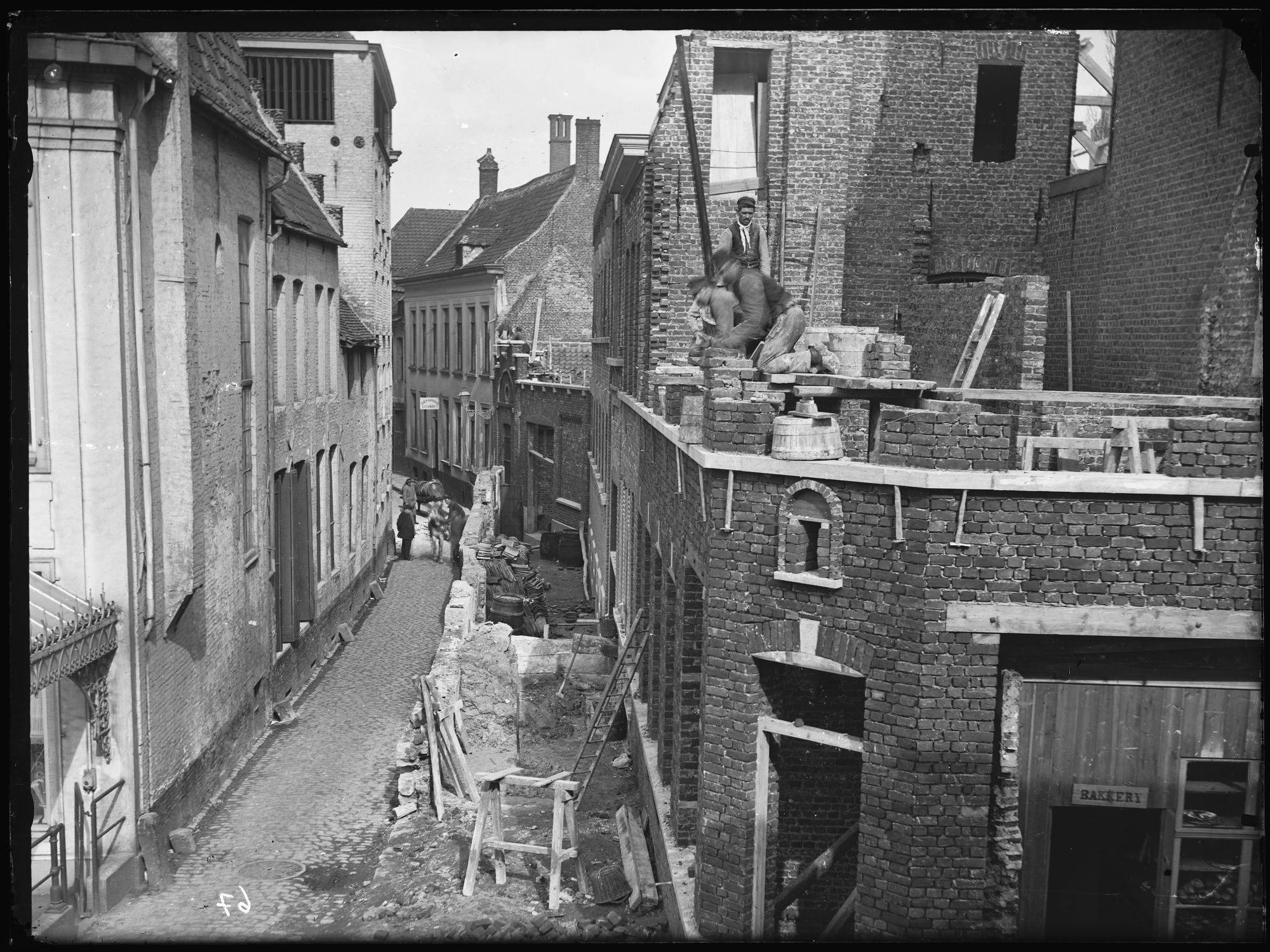Handboogstraat in 1891-92