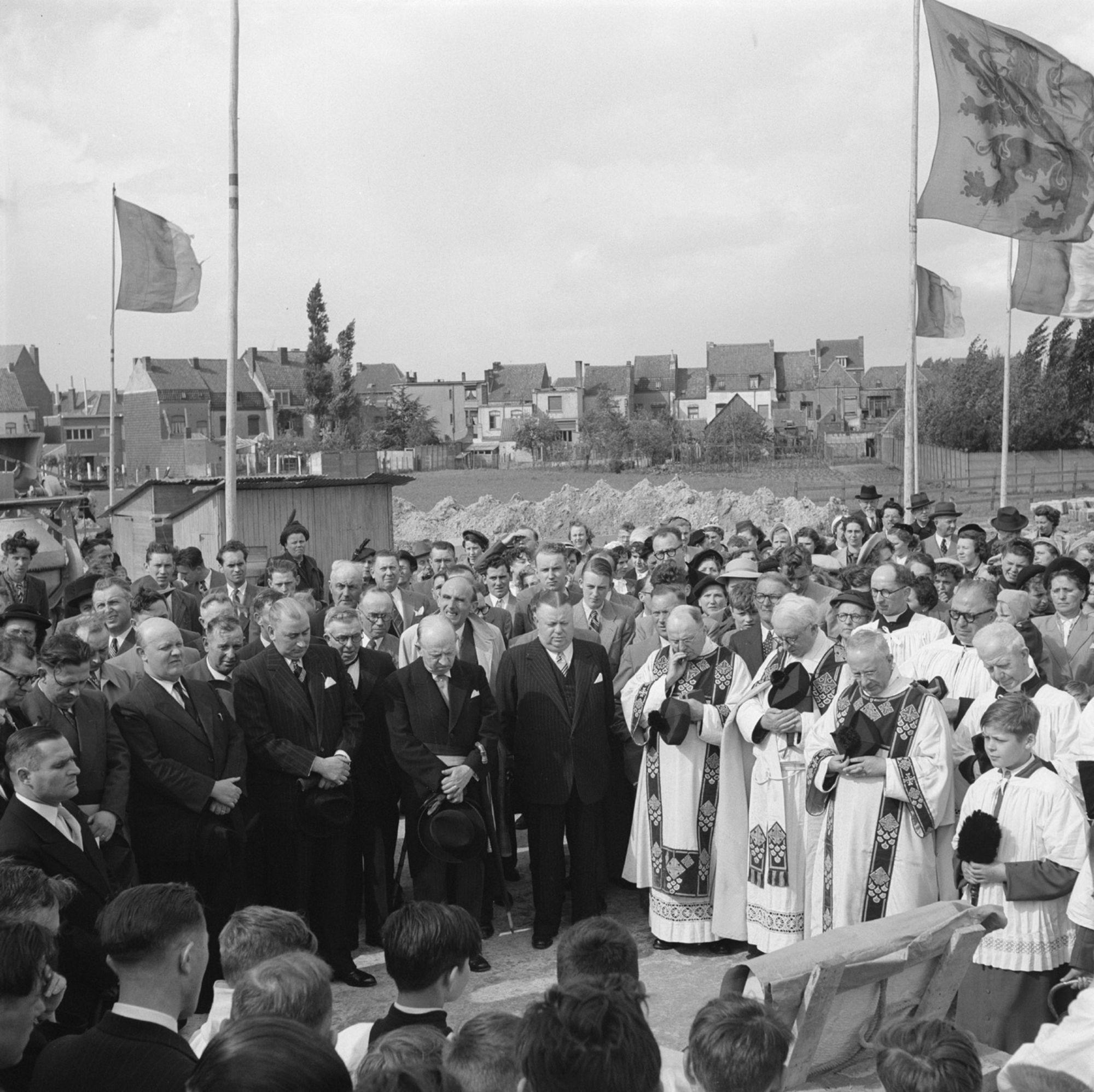 Eerstesteenlegging Fatimakerk