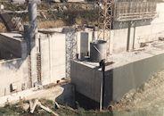 Bouw van de nieuwe sluis op het Kanaal Bossuit-Kortrijk in de Deerlijkstraat te Zwevegem 1988
