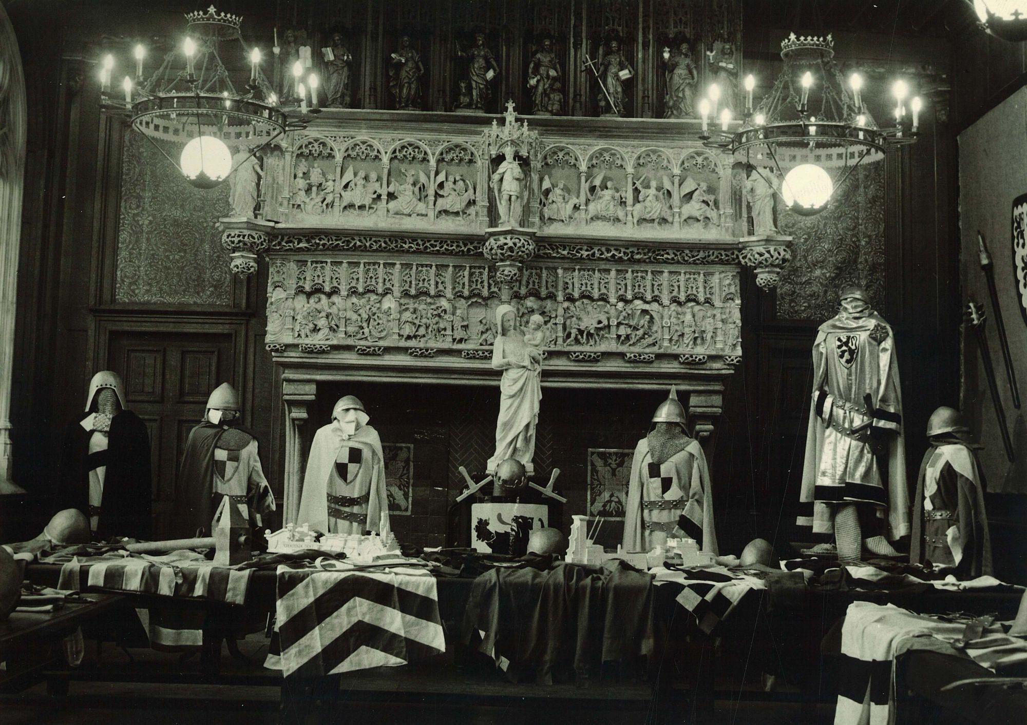 Kostuums praalstoeten 1960-1962