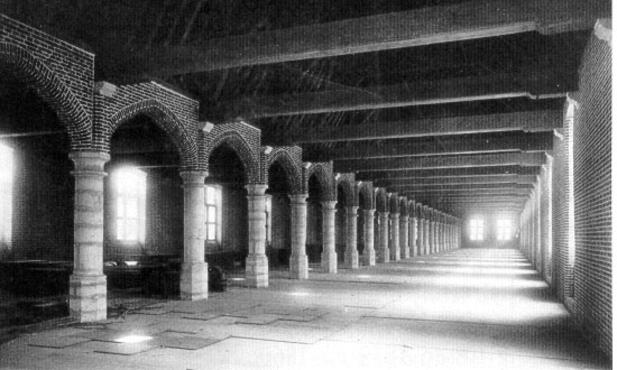Interieur hallen.jpg