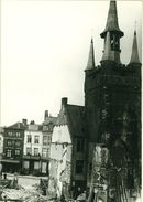 Grote Markt afbraak rond Halletoren 1899
