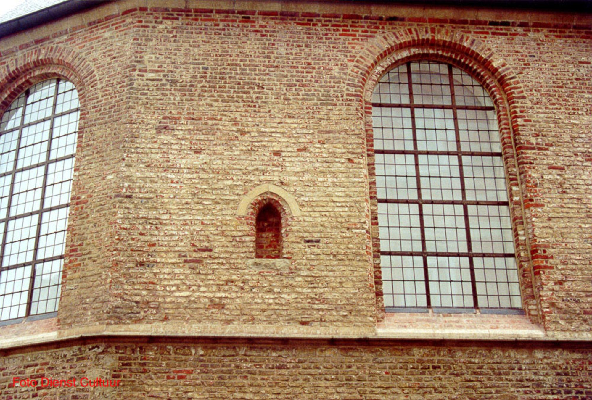 Detail gerestaureerde kerk