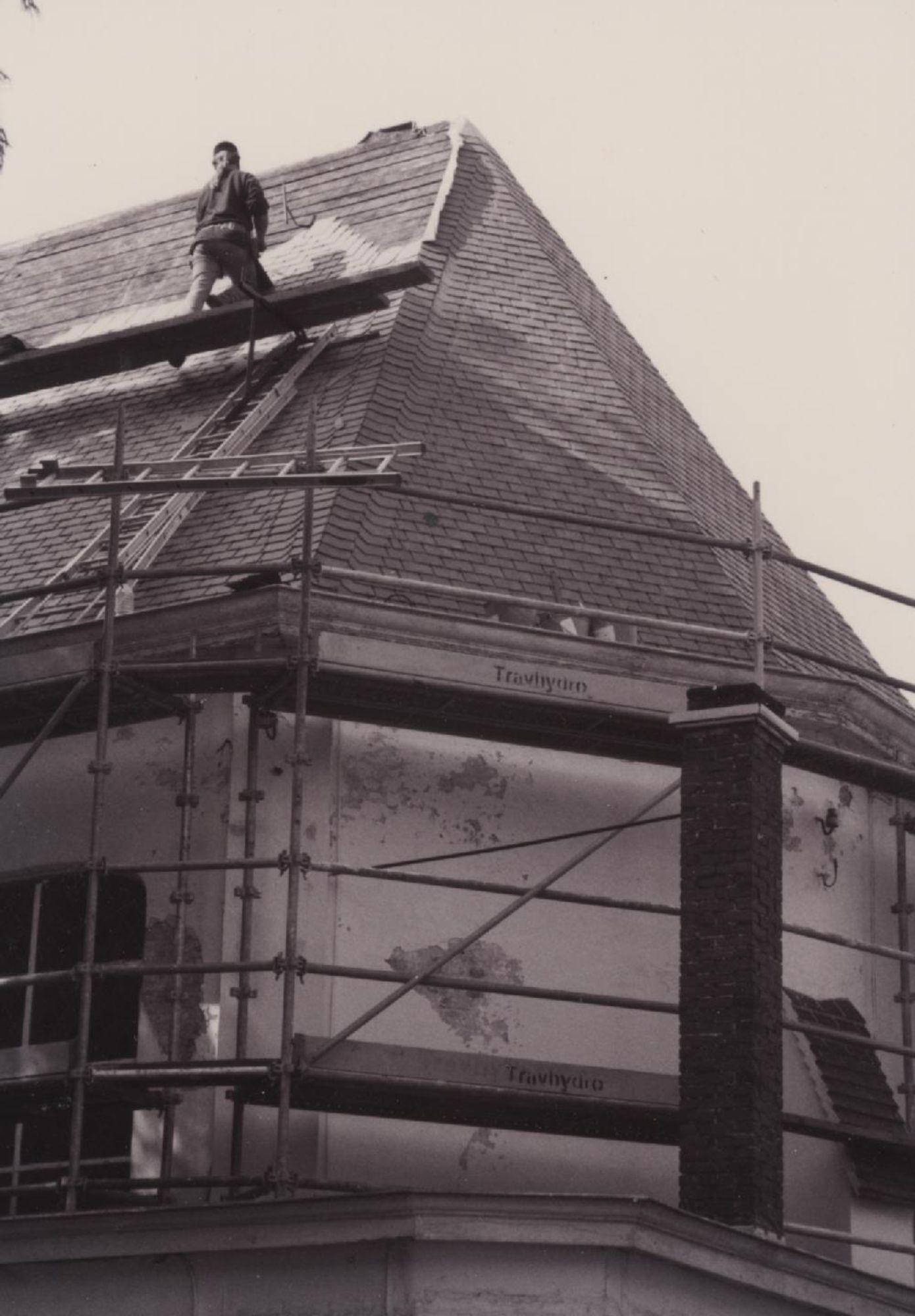 renovatie Kapel 2000 dak.jpg