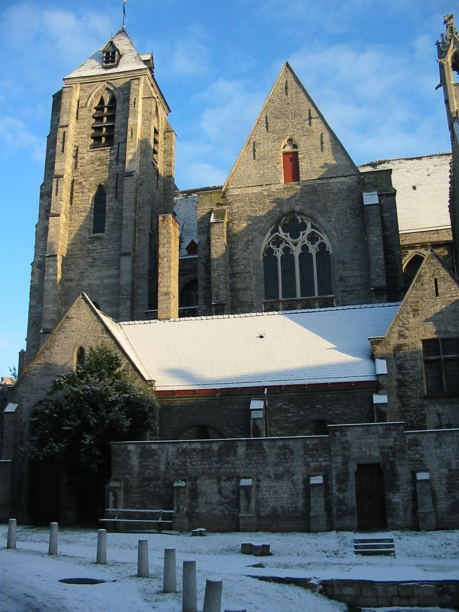 Onze-Lieve-Vrouwekerk 1
