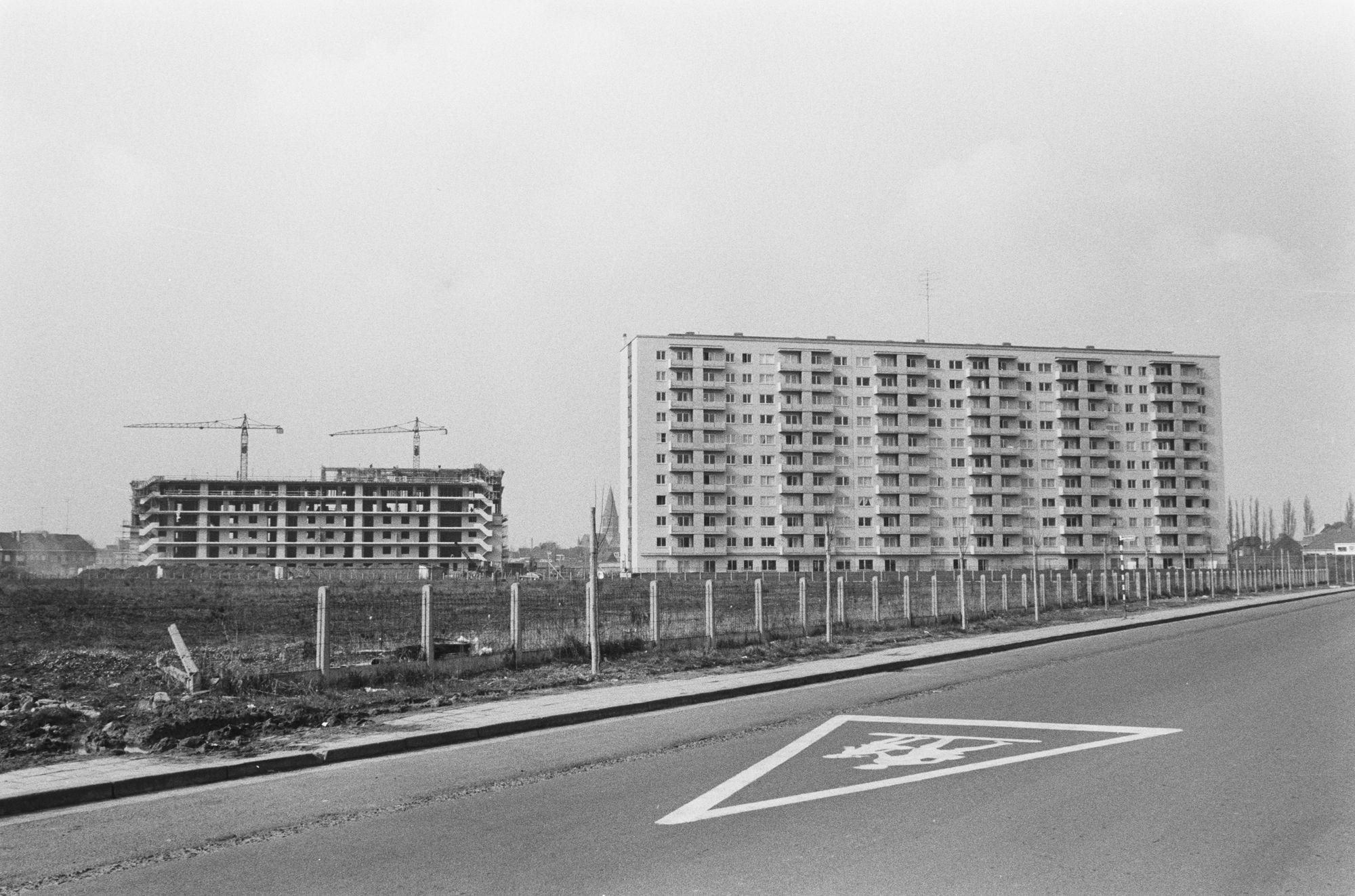 De flatgebouwen van de Drie Hofsteden