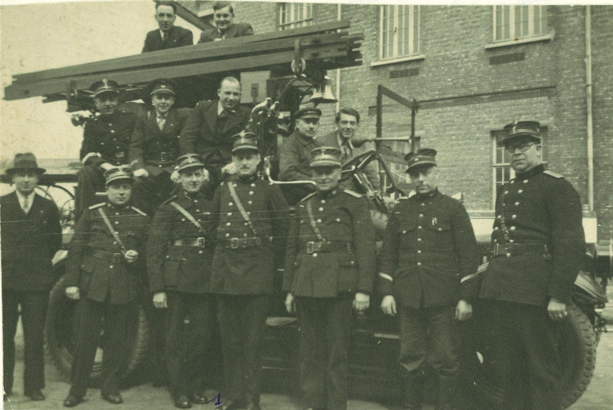 Brandweerofficieren in jaren '40