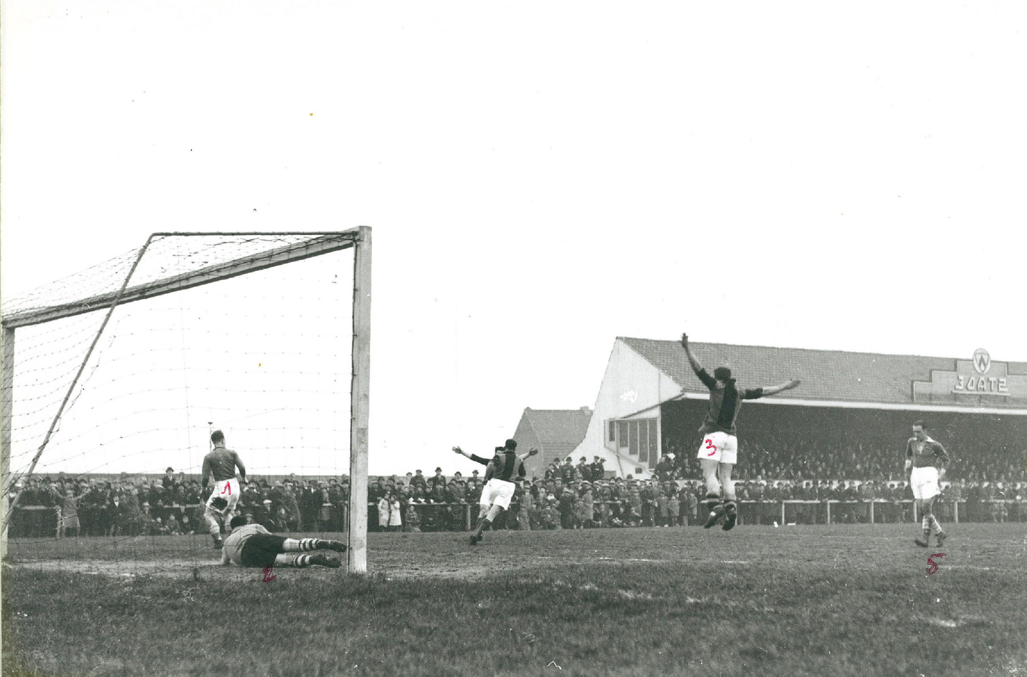 Derby Kortrijk Sport - Stade Kortrijk op 19-02-1933