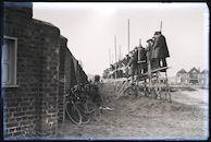 Westflandrica - Toeschouwers voor de voetbalmatch Knokke-Menen (1929)