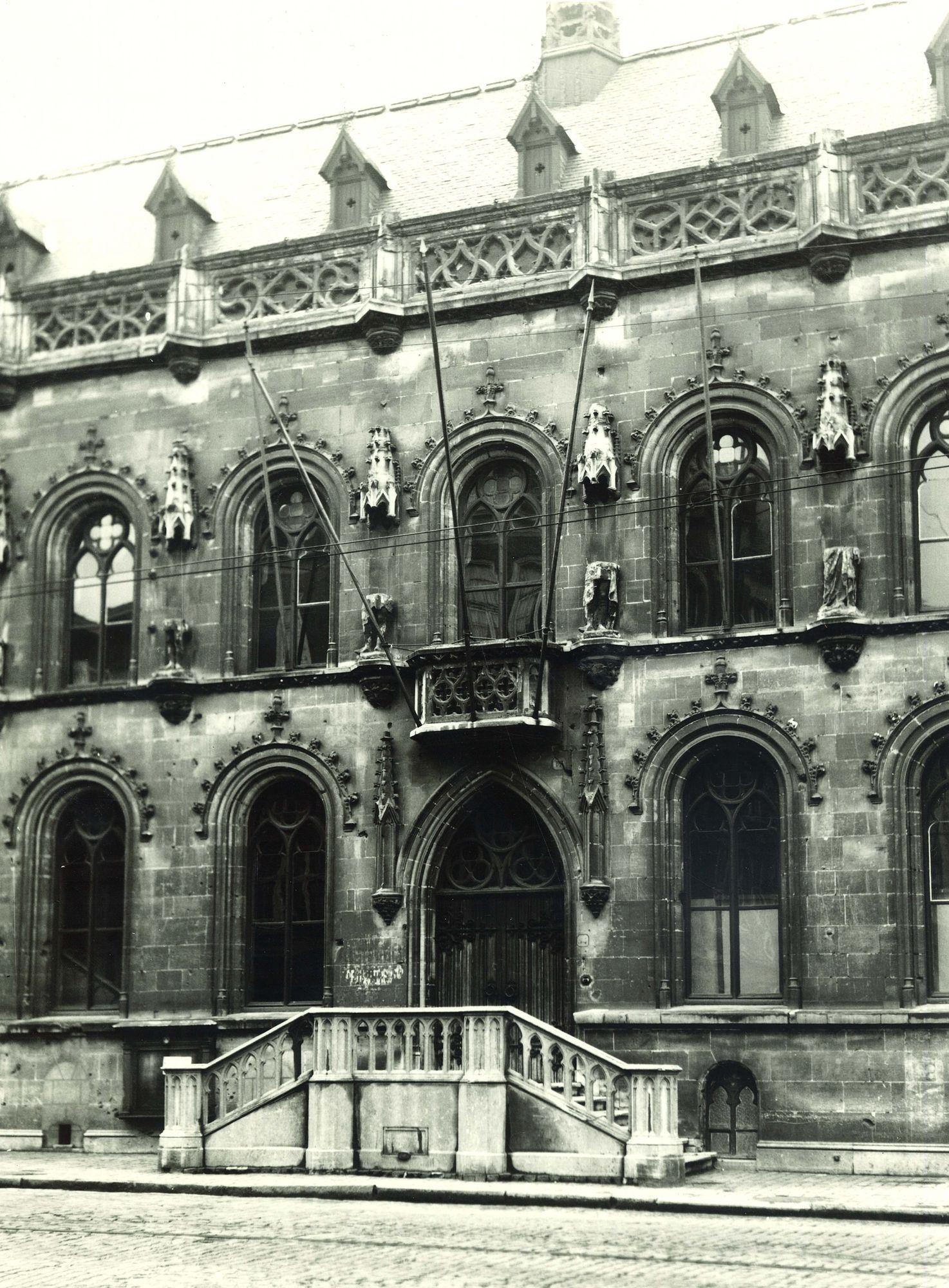 Stadhuis Kortrijk 1974